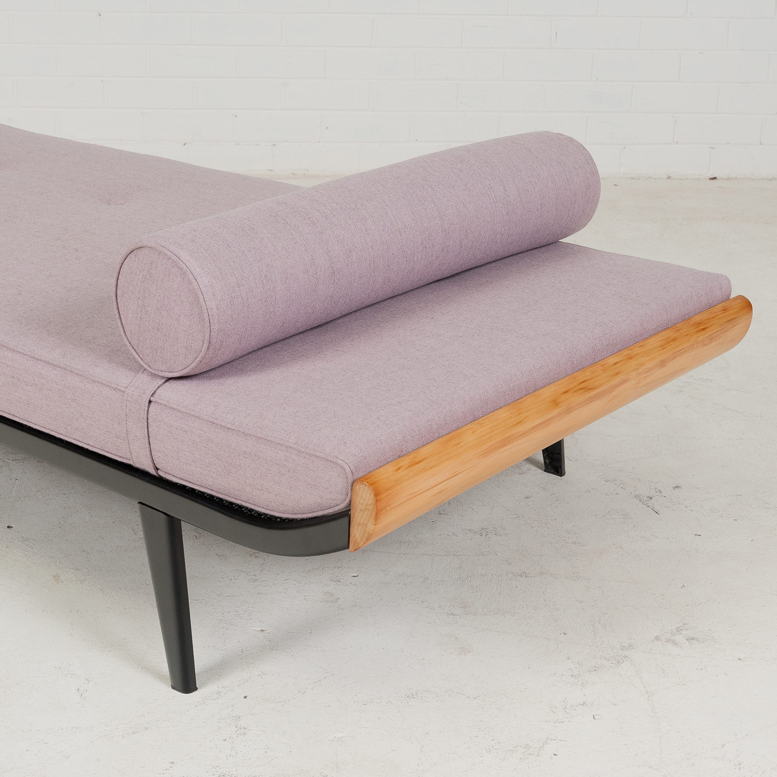 cleopatra-daybed-by-andre-cordemeyer-for-auping-in-new-wool-upholstery-1950s-netherlands-b-05