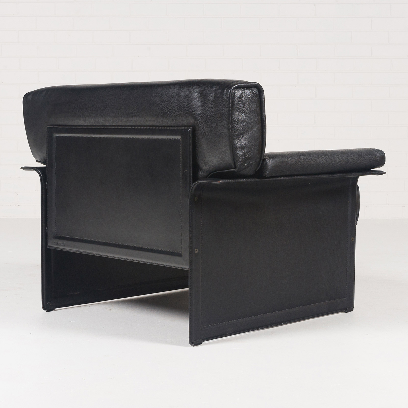 Armchair By Tito Agnoli For Matteo Grassi In Black Leather 1960s Italy 04