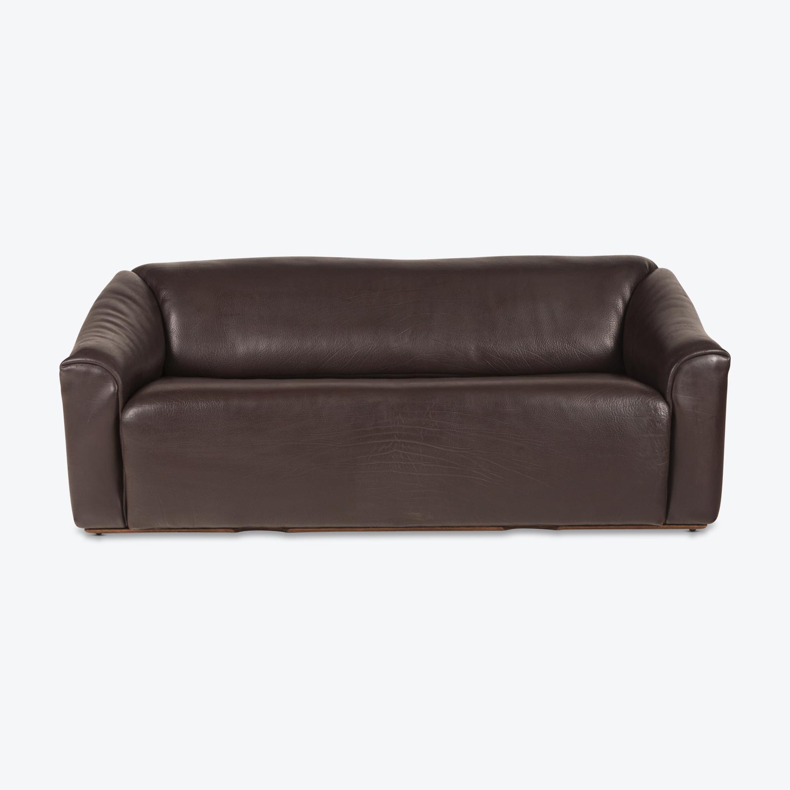 Ds47 3 Seat Sofa By De Sede In Thick Dark Brown Leather 1970s Switzerland 01