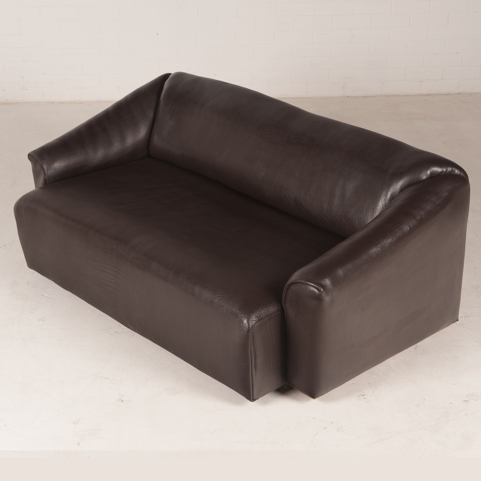 Ds47 3 Seat Sofa By De Sede In Thick Dark Brown Leather 1970s Switzerland 04