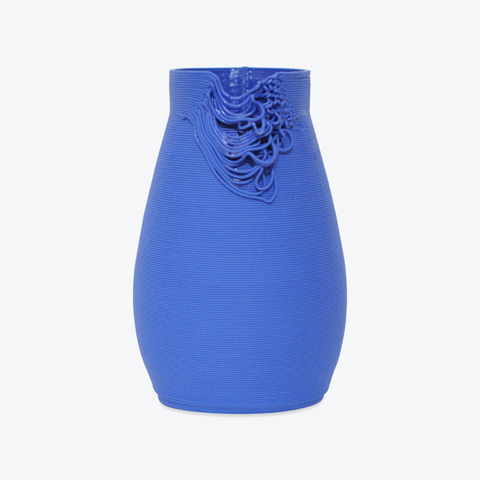 Gradiant One Of A Kind Vase In Royal Blue 3d Printed Porcelain By Alterfact Thumb.jpg