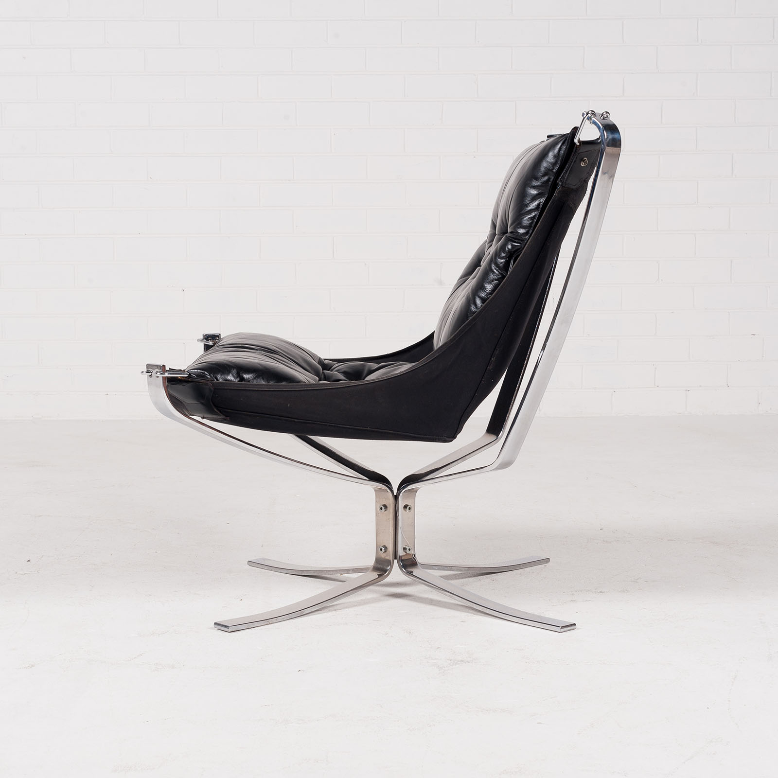 Low Back Falcon Armchair By Sigurd Resell For Vatne Mobler In Black Leather With Chrome Frame 1960s Denmark 03