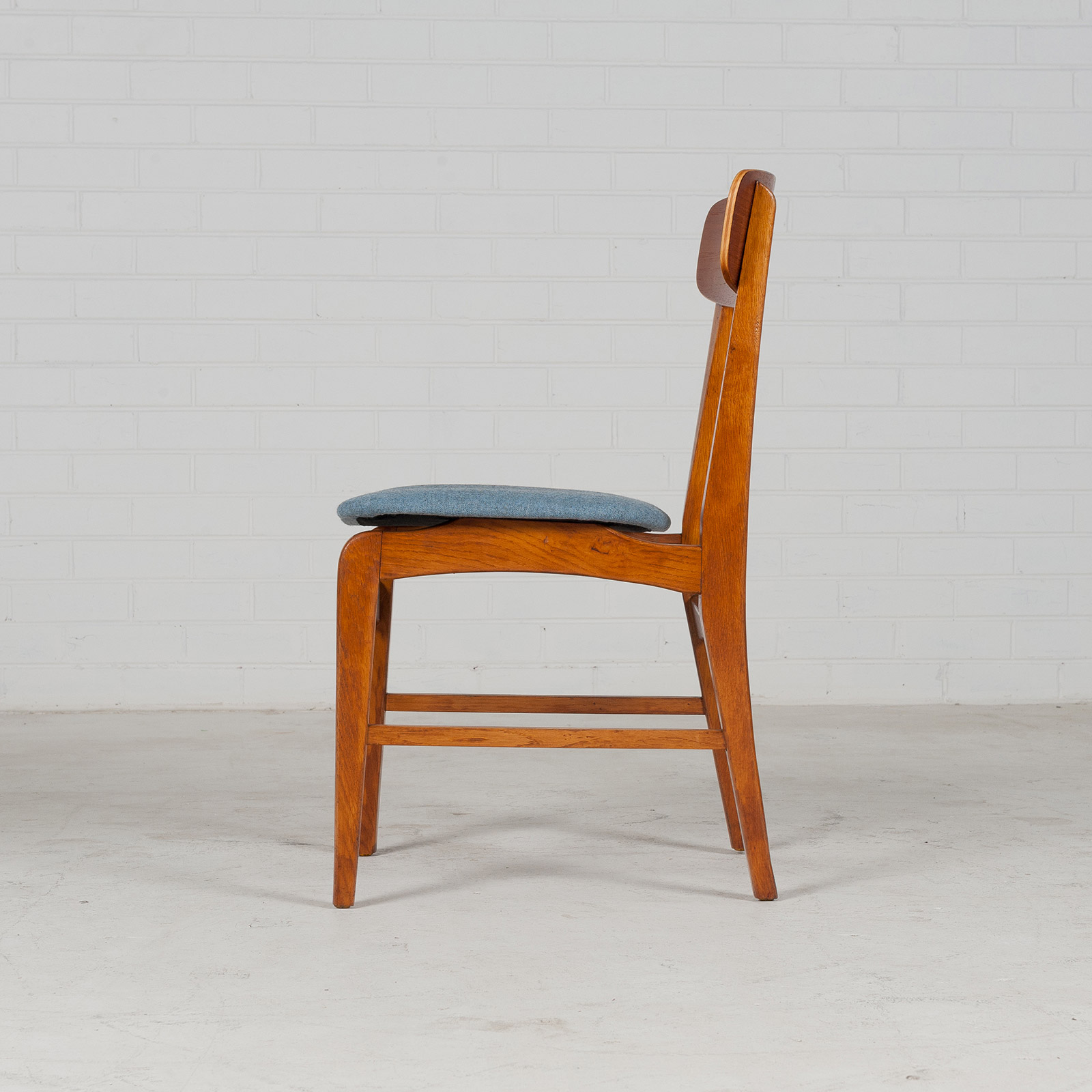 Set 6 Dining Chairs In Teak And Oak 1960s Denmark