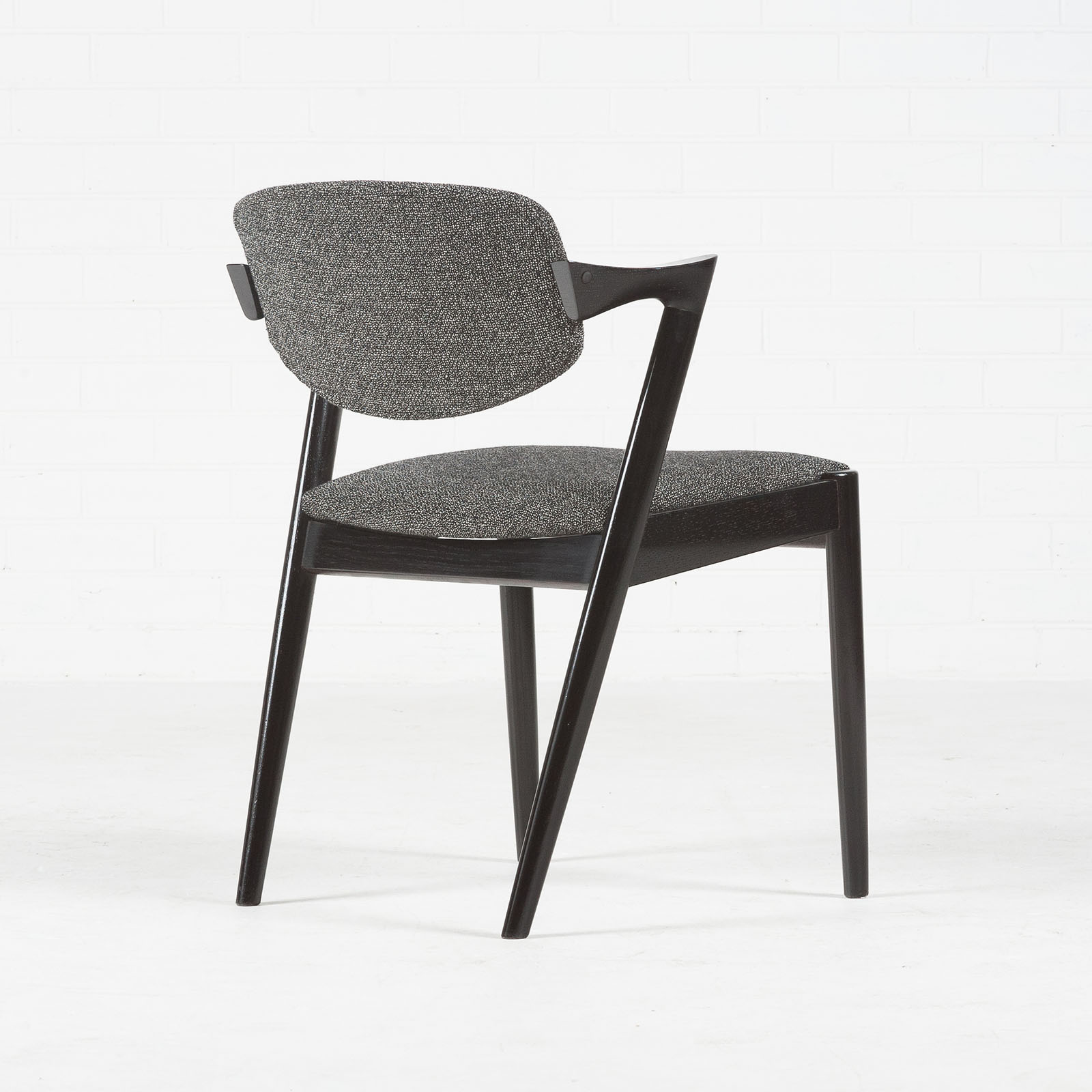 Set 4 Model 42 Dining Chairs By Kai Kristiansen In Stained Oak And New Kvadrat Upholstery 1959 Denmark 04