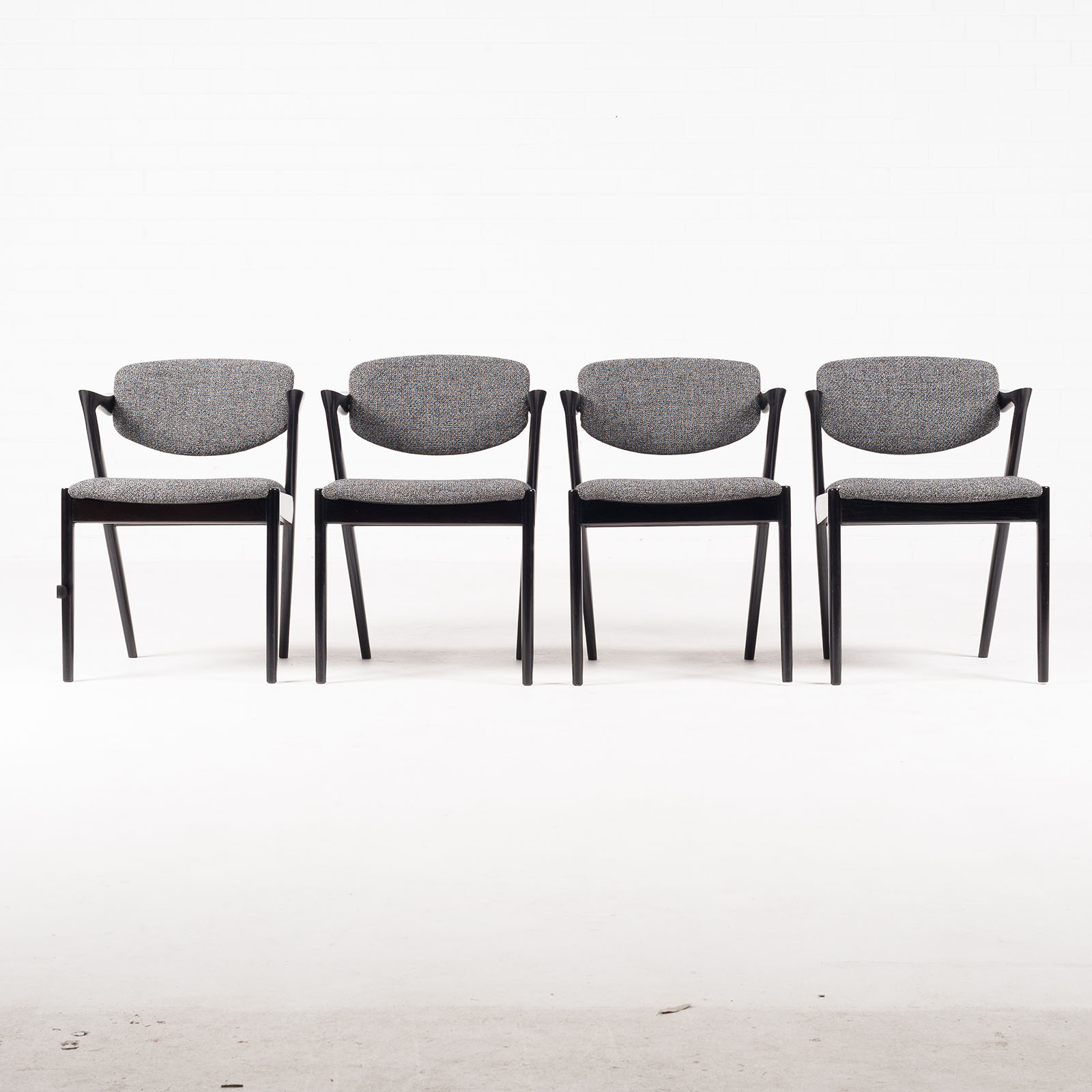 Set 4 Model 42 Dining Chairs By Kai Kristiansen In Stained Oak And New Kvadrat Upholstery 1959 Denmark 05