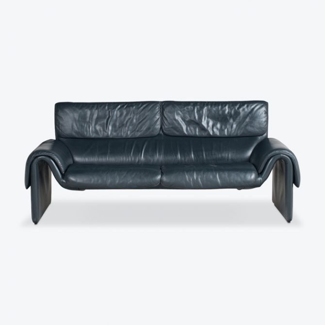 Ds2011 3 Seat Sofa By De Sede In Midnight Black Leather 1970s Switzerland Thumb.jpg