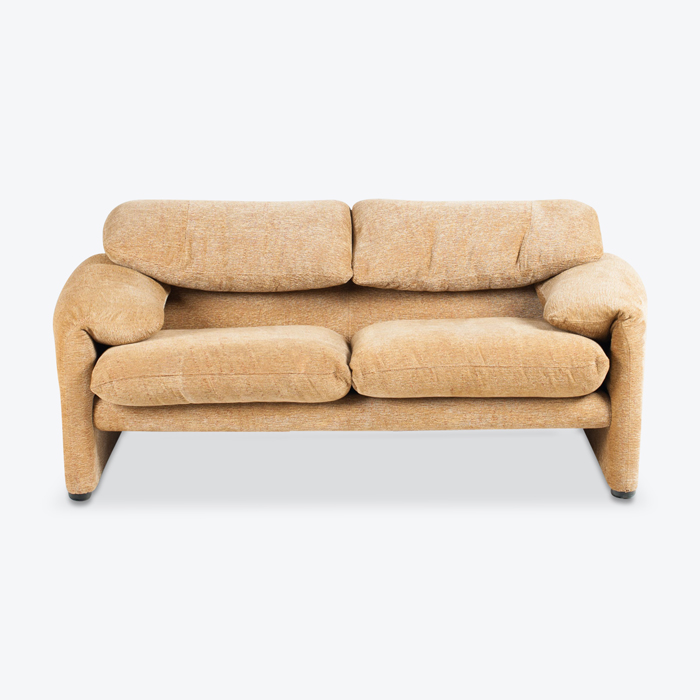 Maralunga 2 Seat Sofa By Vico Magistretti For Cassina In Gold Upholstery 1970s Italy Thumb.jpg