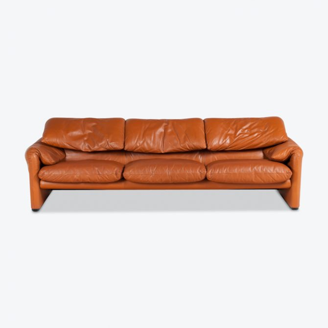 Maralunga 3 Seat Sofa By Vico Magistretti For Cassina In Tan Leather 1970s Italy Thumb.jpg