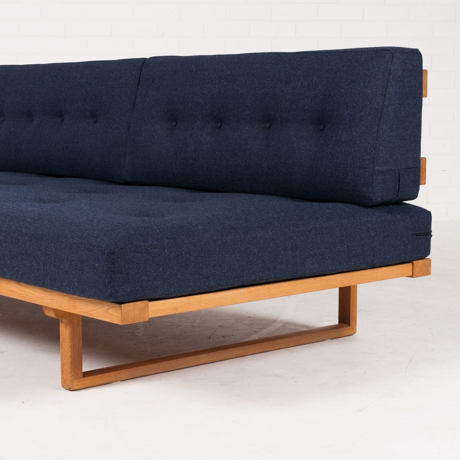 Model 4312 Daybed By Borge Mogensen In Oak Manufactured By Fredericia Furniture 1950s Denmark 04