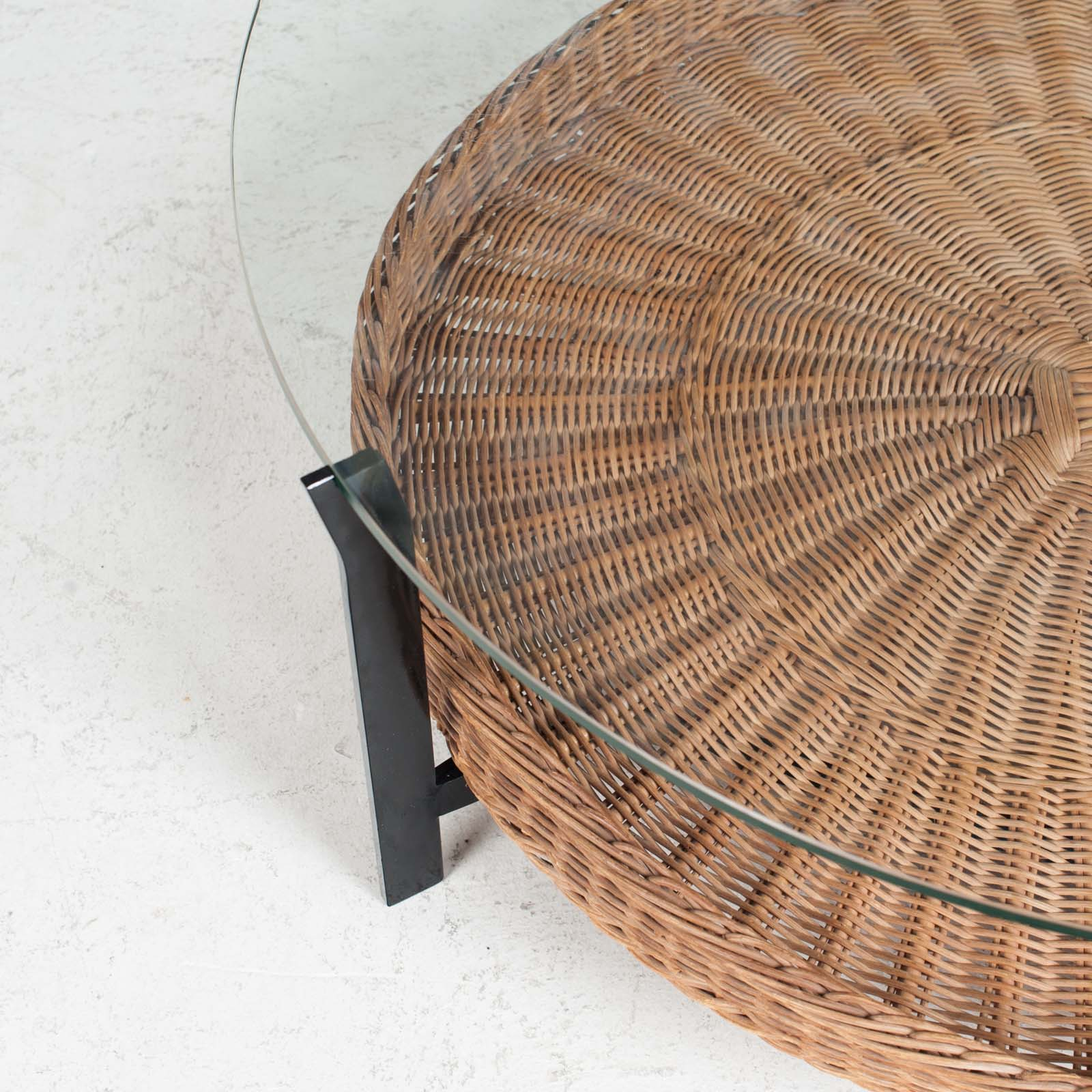 Round Coffee Table With Rattan Base 1960s Denmark 03