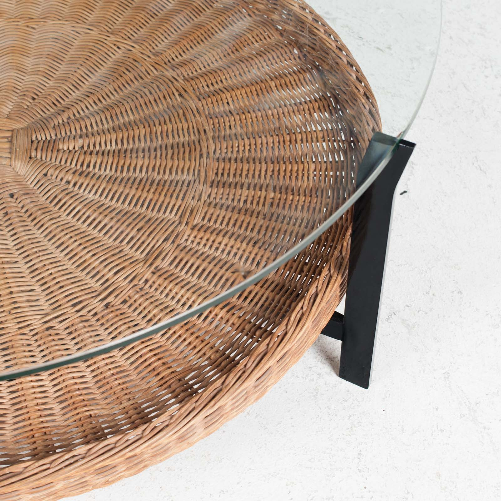 Round Coffee Table With Rattan Base 1960s Denmark 05