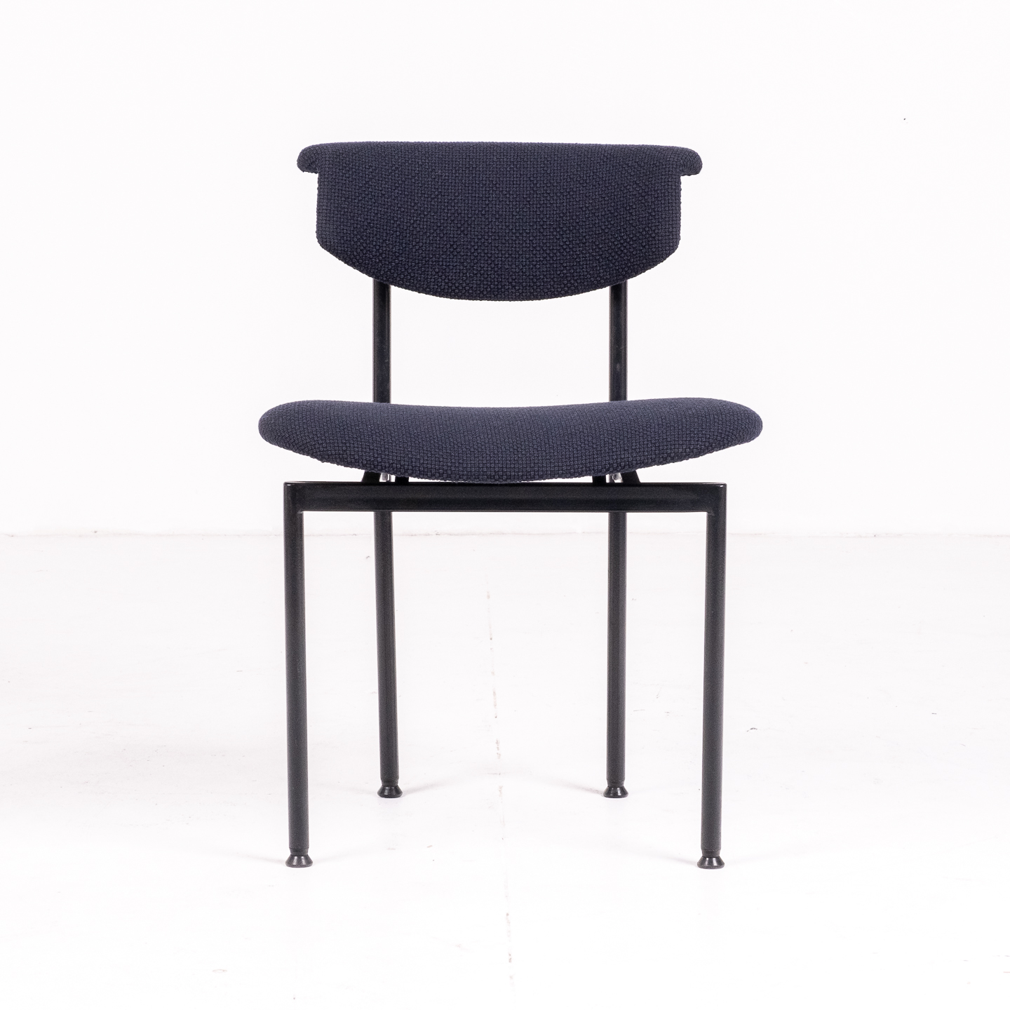 Set Of Four Meander Alpha Dining Chairs By Rudolf Wolf For Gaasbeek & Van Tiel In New Kvadart Upholstery, 1960s, The Netherlands65