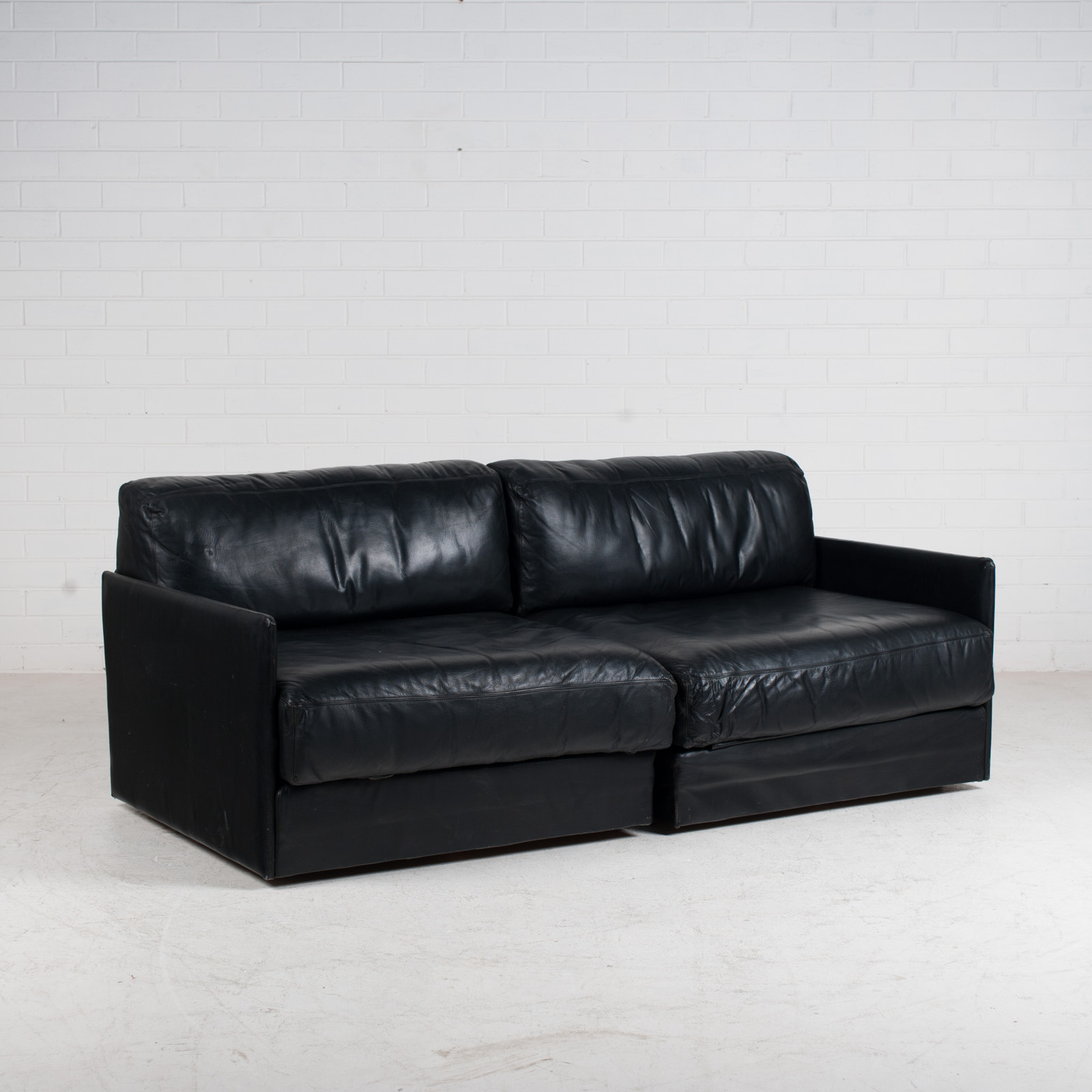 Ds 76 2 Seat Sofa By De Sede In Black Leather 1970s Switzerland 03