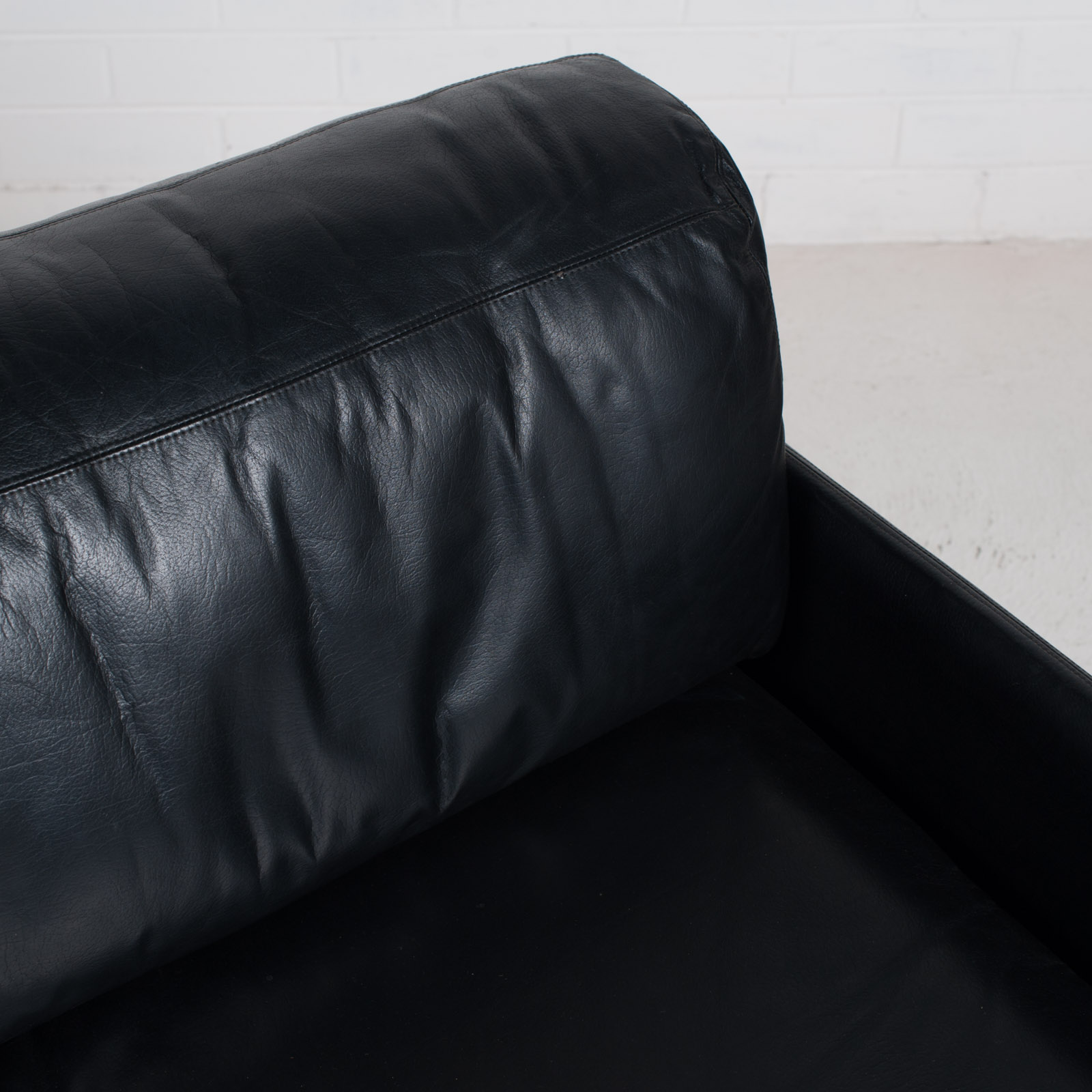 Ds 76 2 Seat Sofa By De Sede In Black Leather 1970s Switzerland 07