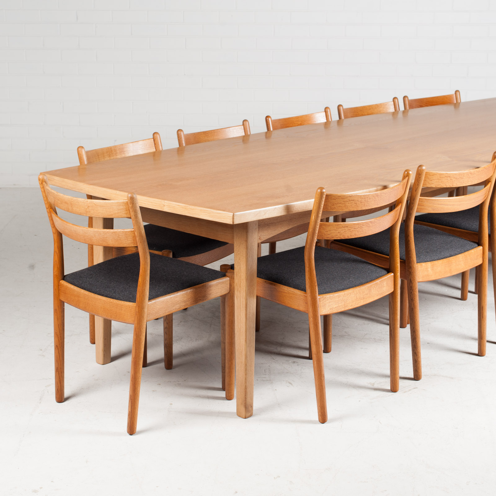 extra large dining table in oak with bow edge 1960s denmark modern times. Black Bedroom Furniture Sets. Home Design Ideas