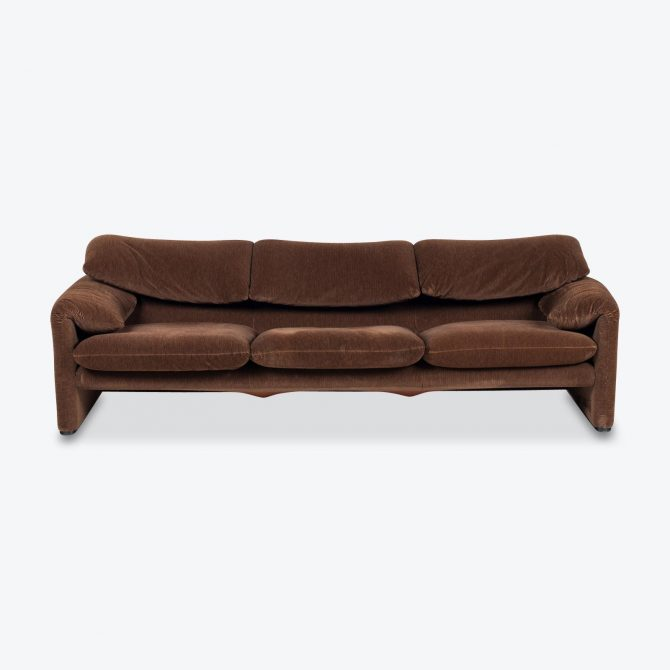 Maralunga 3 Seat Sofa By Vico Magistretti For Cassina In Original Chocolate Velvet 1970s Italy.jpg