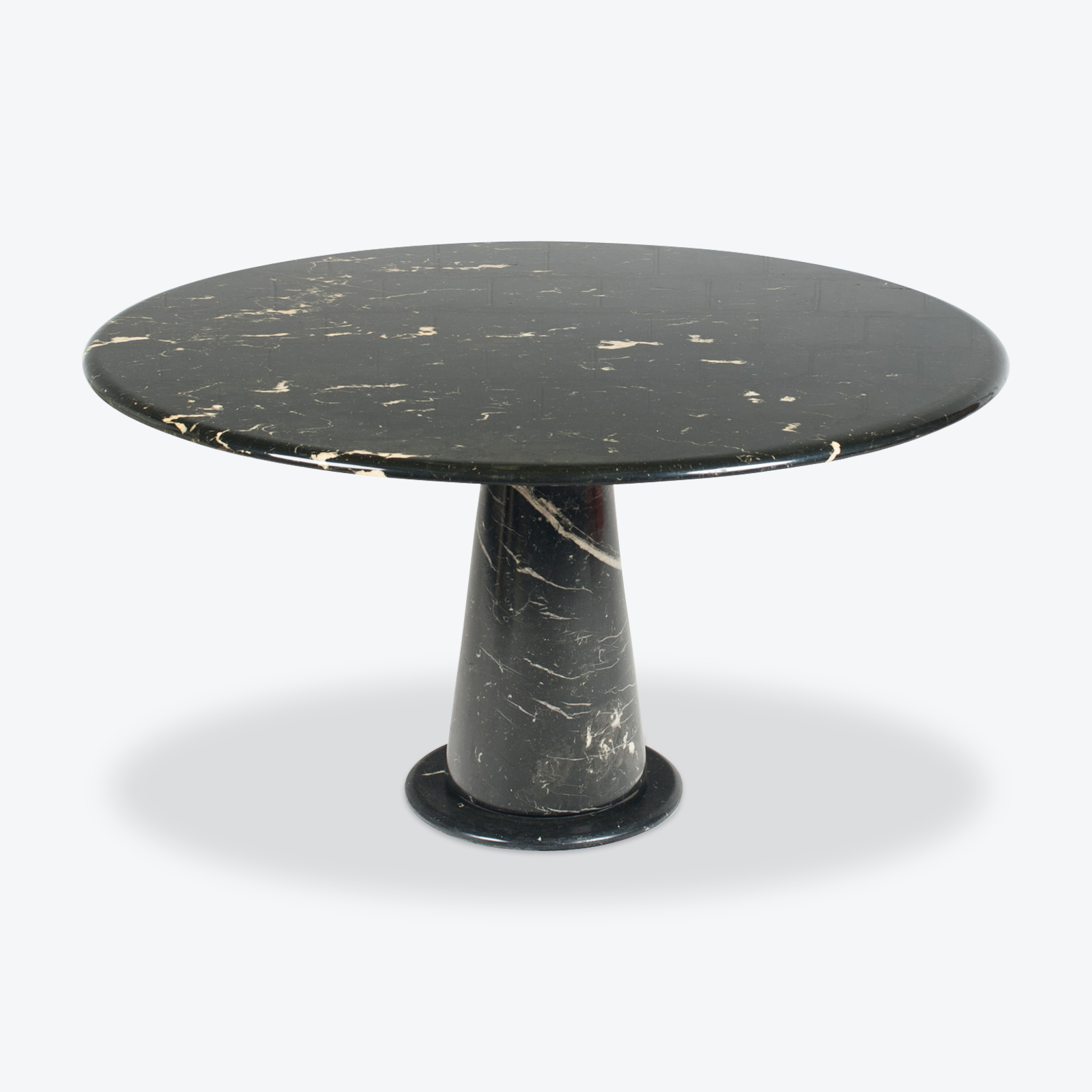 Round Dining Table In The Style Of The M1 By Angelo