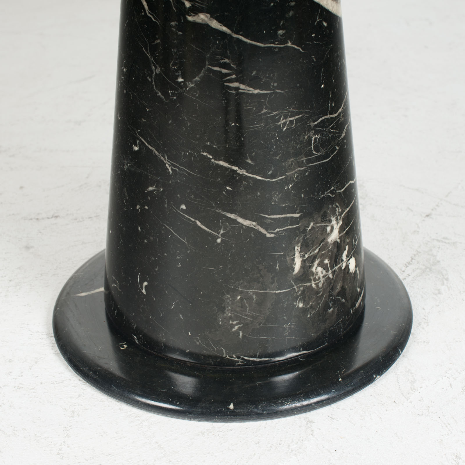 Round Dining Table In Black Marble 1970s Netherlands 05
