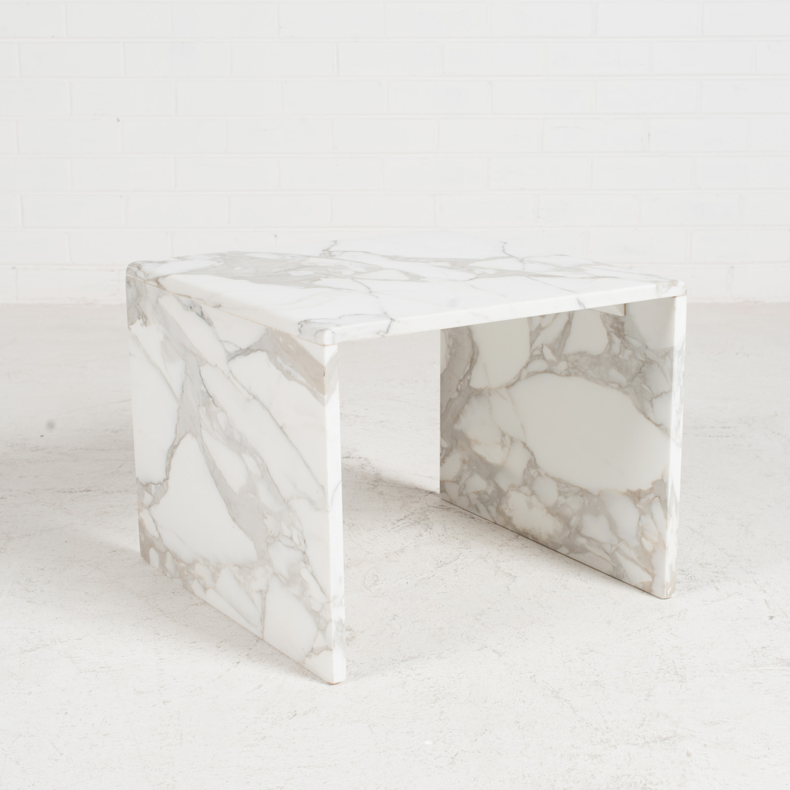 Side Table In Calacatta Marble 1960s Netherlands 02