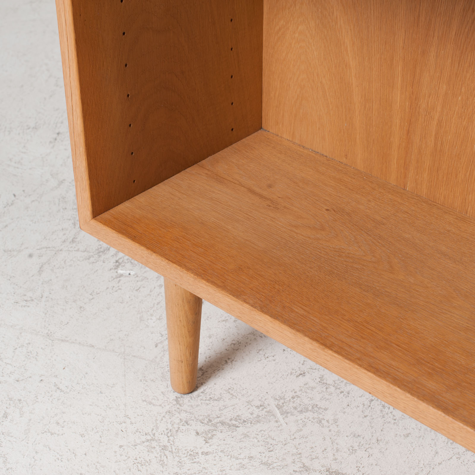 Bookcase By Borge Mogensen In Oak 1960s Denmark 05