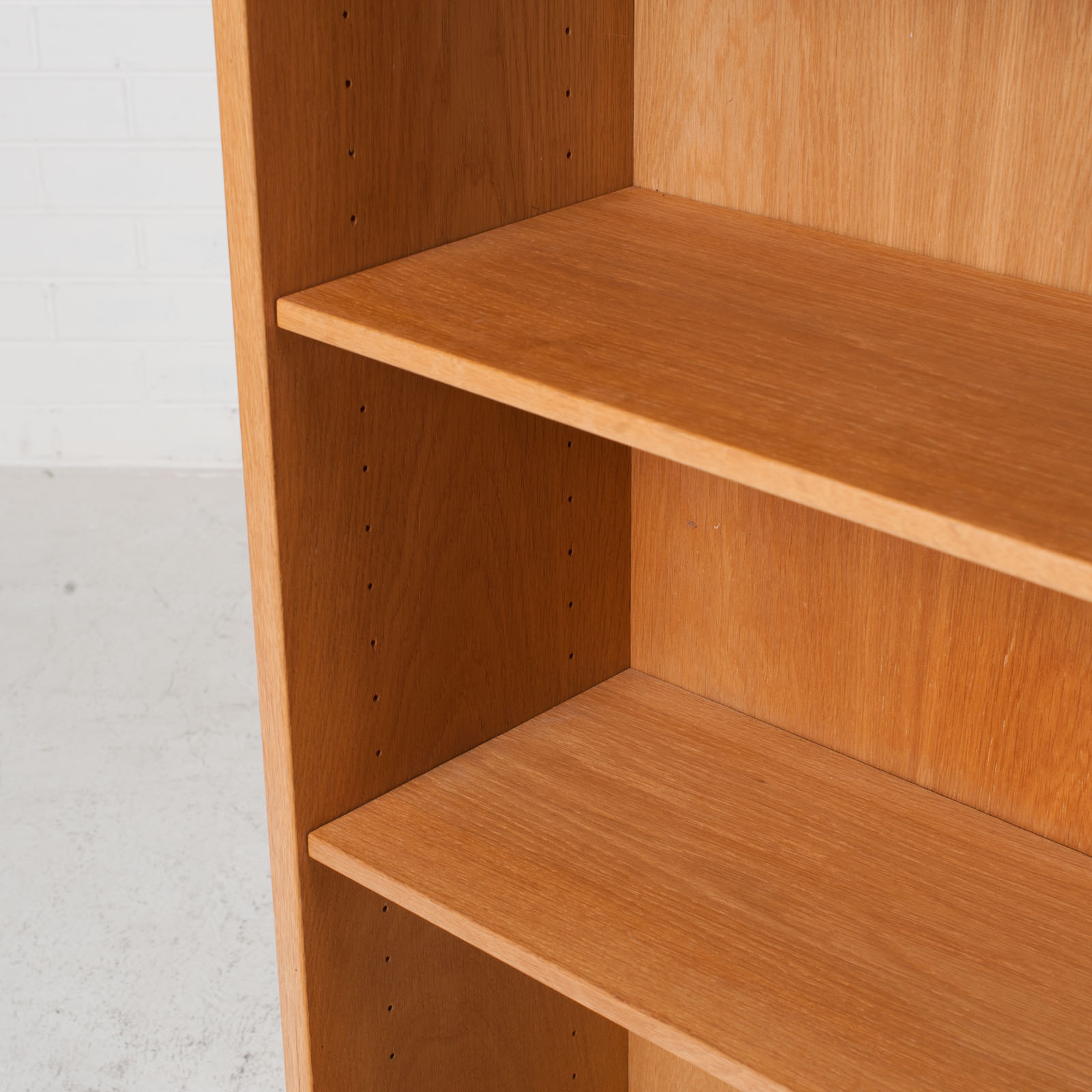 Bookcase By Borge Mogensen In Oak 1960s Denmark 06