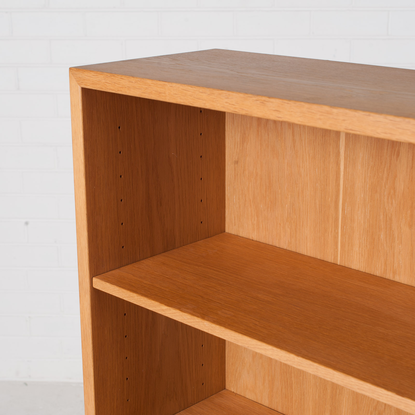 Bookcase By Borge Mogensen In Oak 1960s Denmark 07