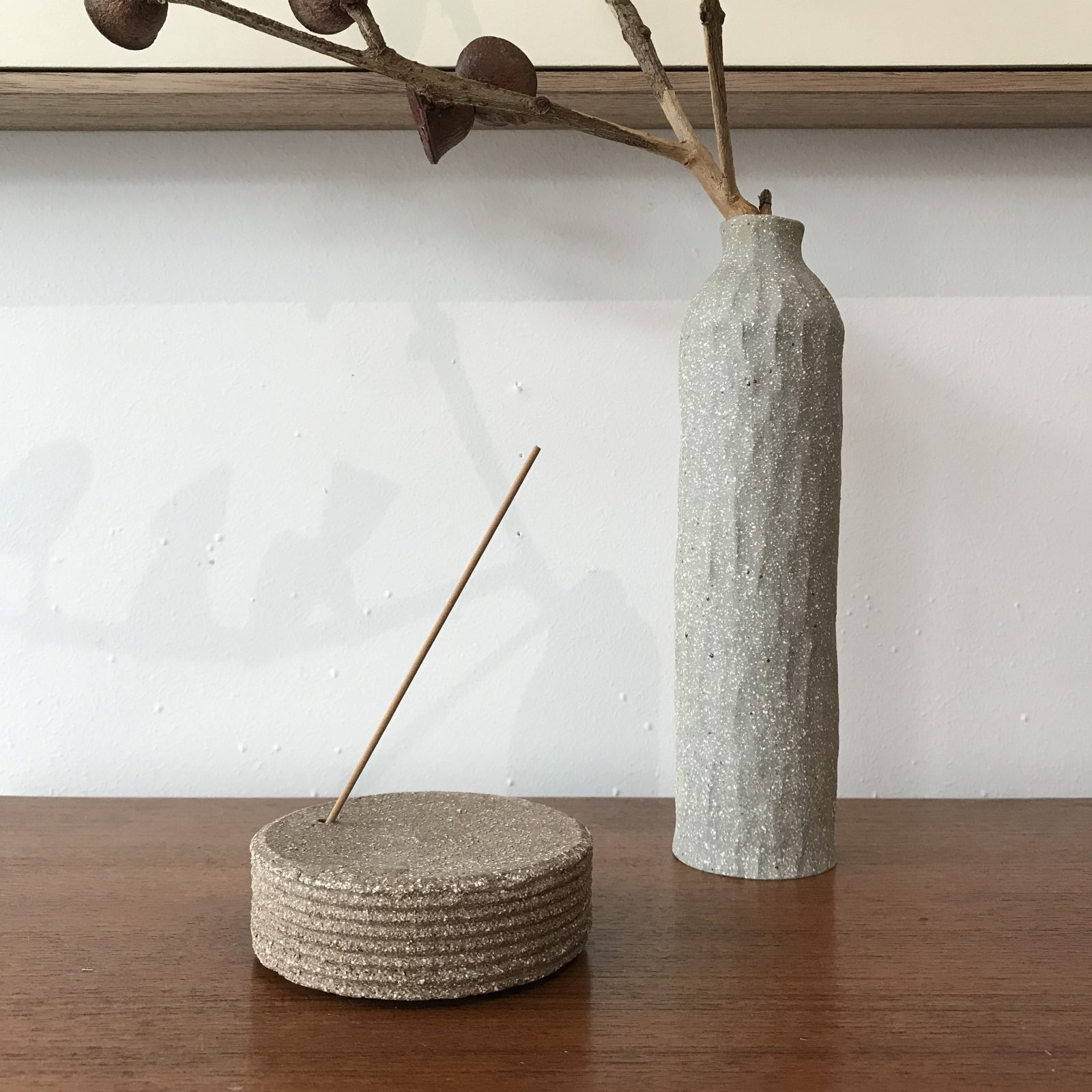 Holder Multi Use In Stoneware With Gold Lustre By Claudia Lau 02