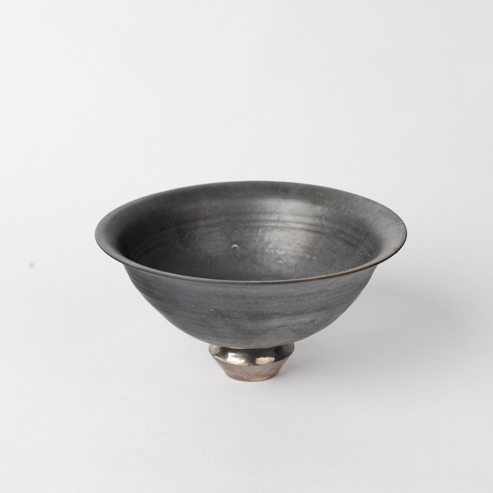 Standing Bowl In Stoneware With Metallic Glaze By Claudia Lau 02