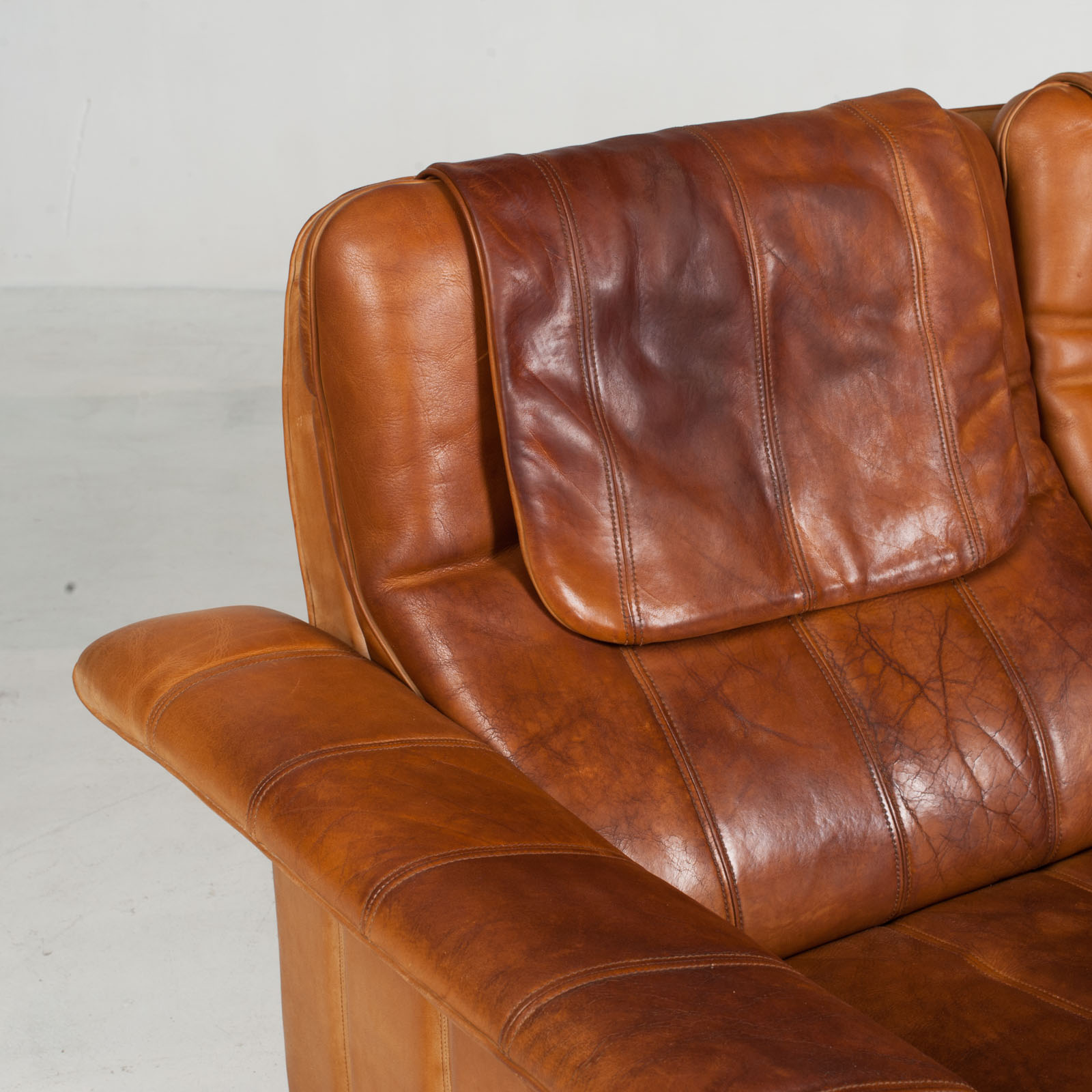3 Seat Sofa By De Sede In Tan Leather 1970s Switzerland 06