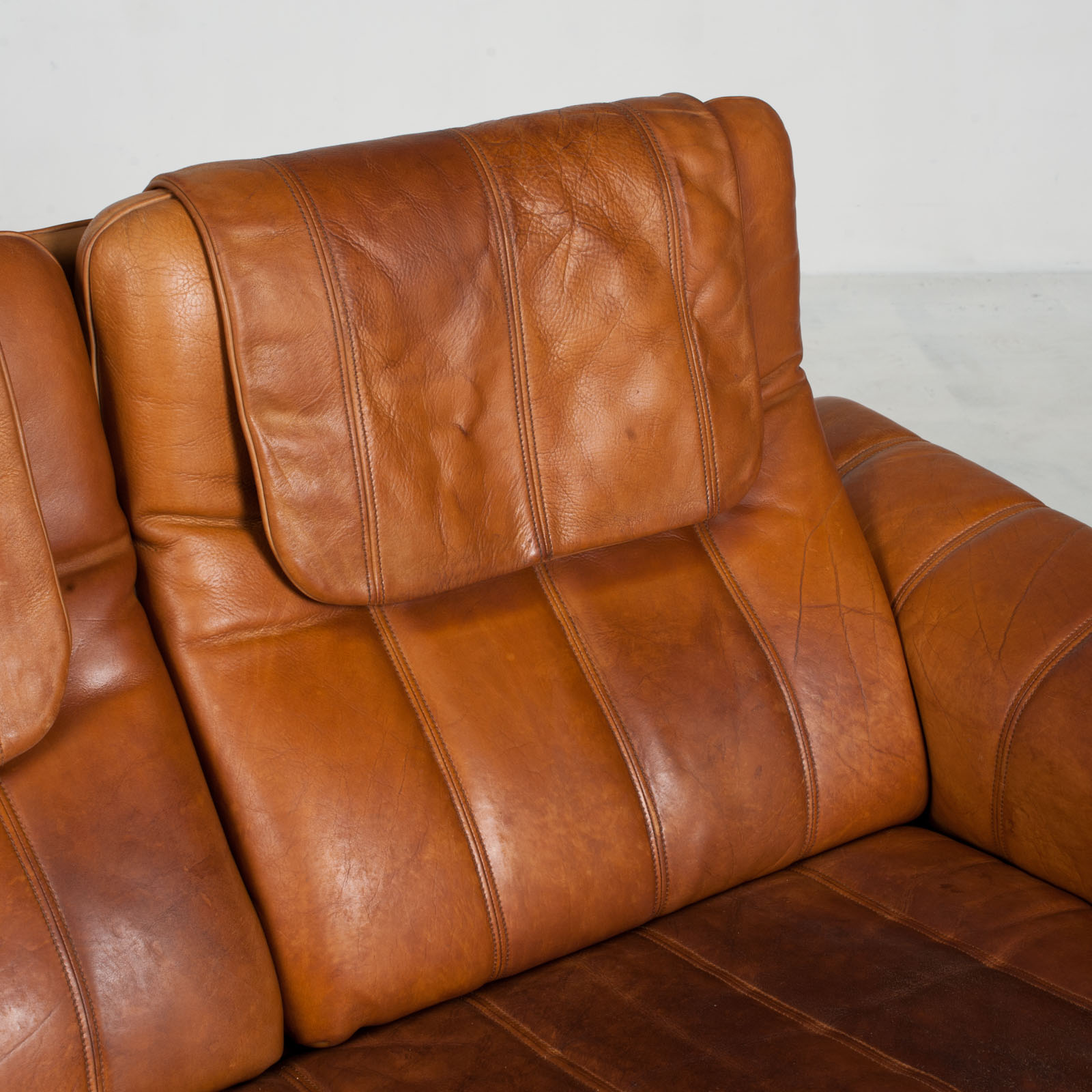 3 Seat Sofa By De Sede In Tan Leather 1970s Switzerland 08