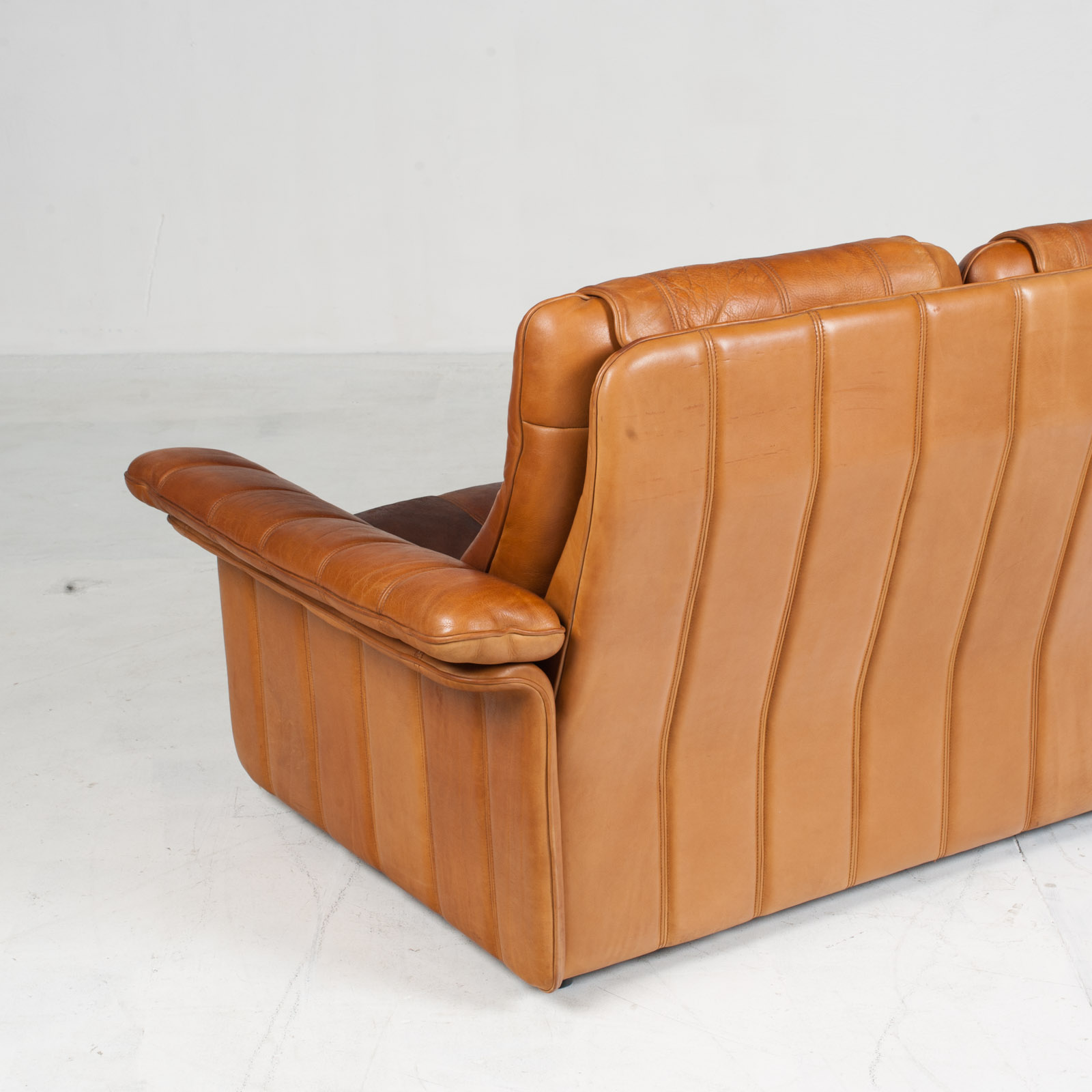 3 Seat Sofa By De Sede In Tan Leather 1970s Switzerland 12
