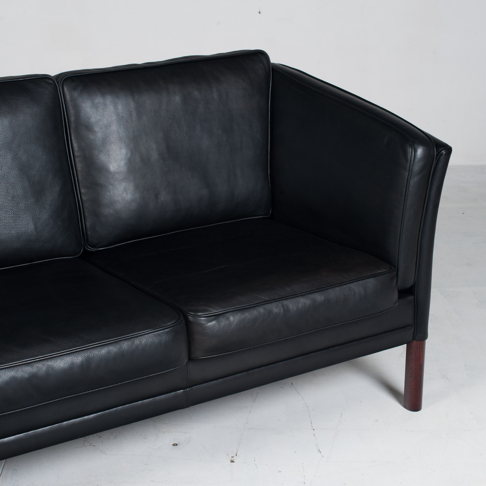3 Seat Sofa In Black Aniline Leather 1960s Denmark 04