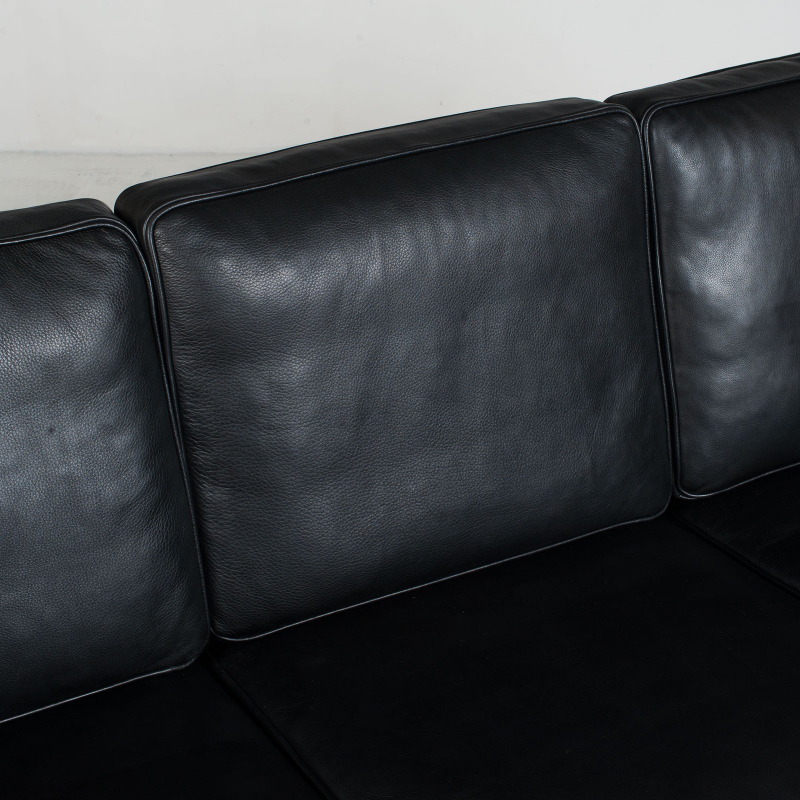 3 Seat Sofa In Black Aniline Leather 1960s Denmark 07