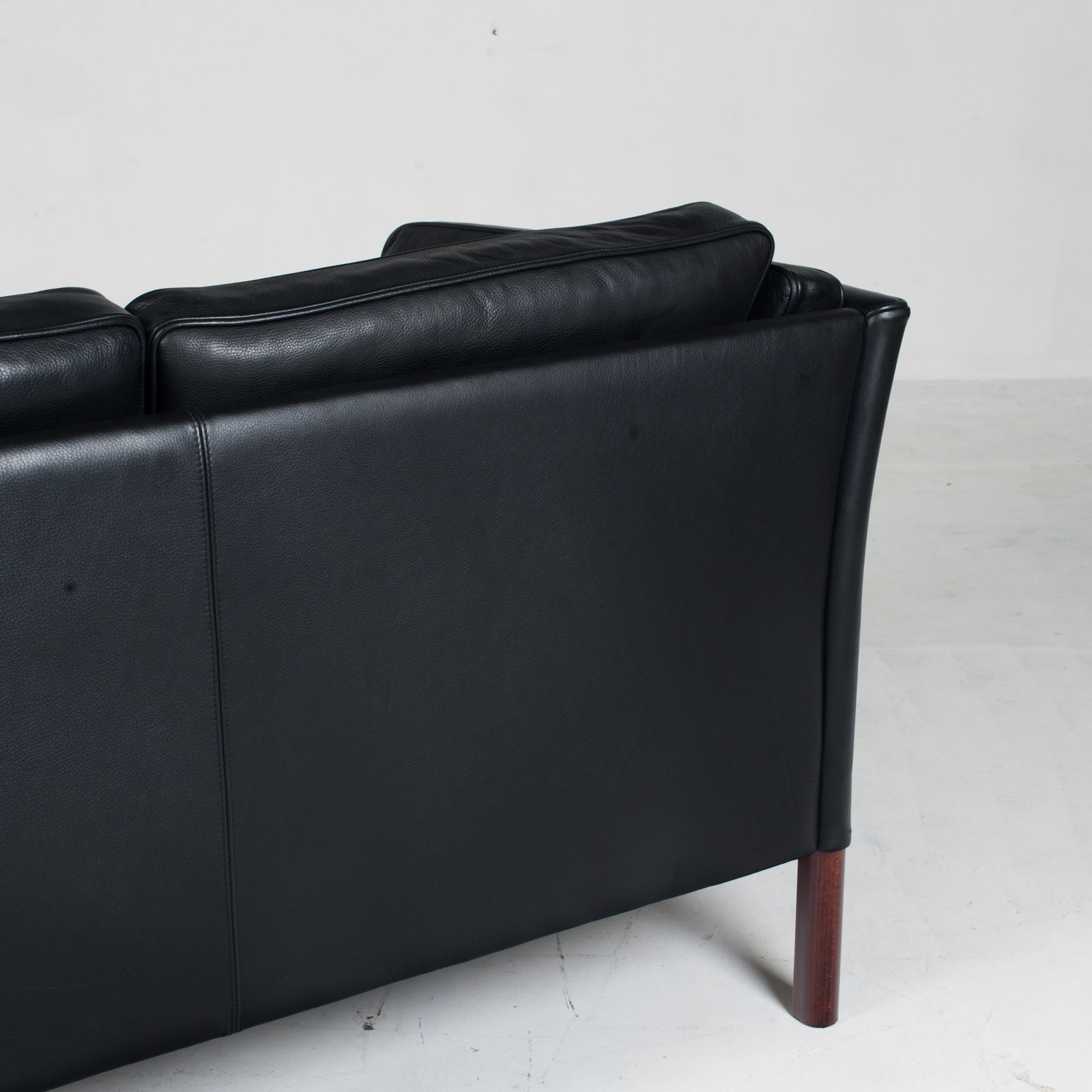 3 Seat Sofa In Black Aniline Leather 1960s Denmark 14