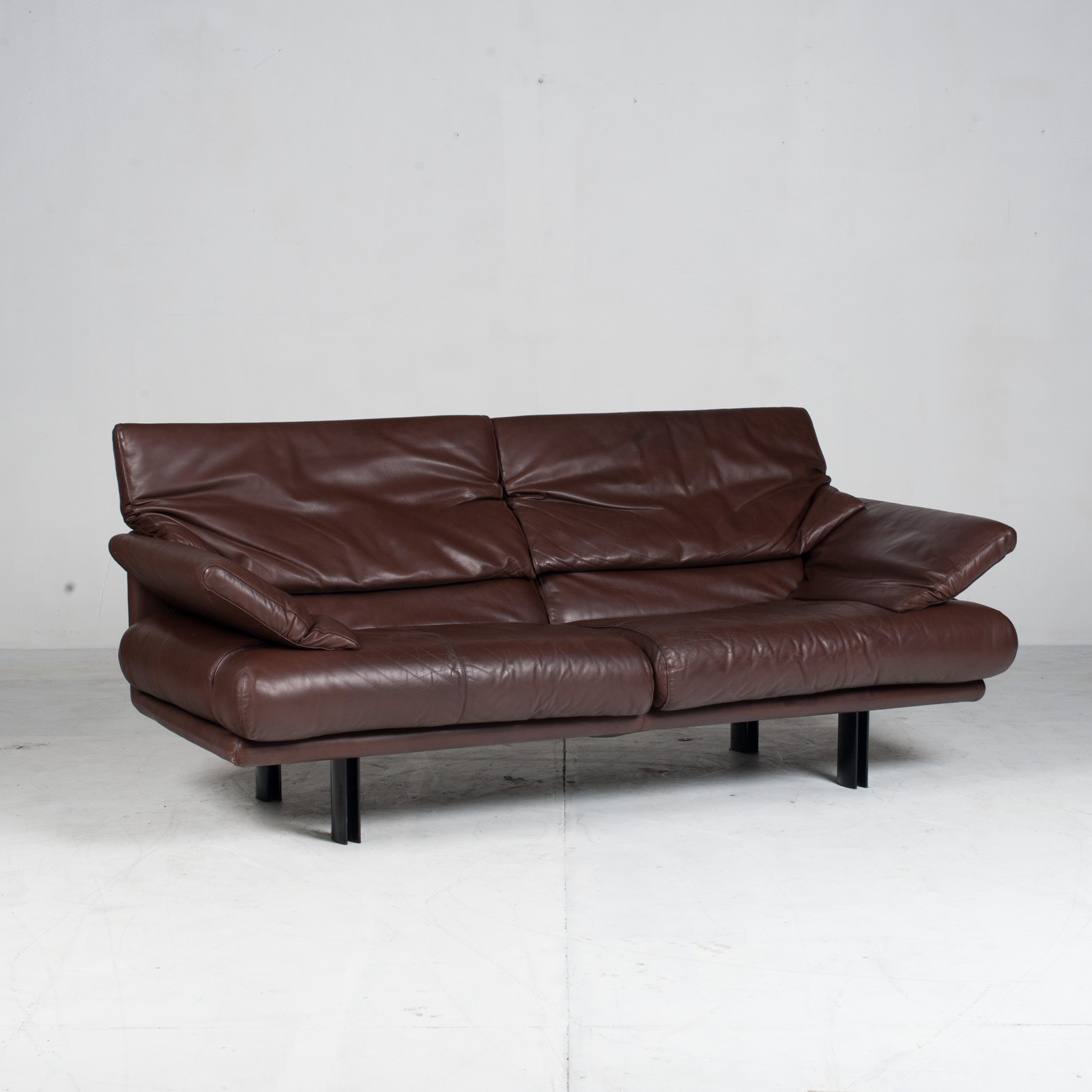 Alanda Sofa By Paolo Piva For B&b Italia In Burgundy Leather 1980s Italy 04