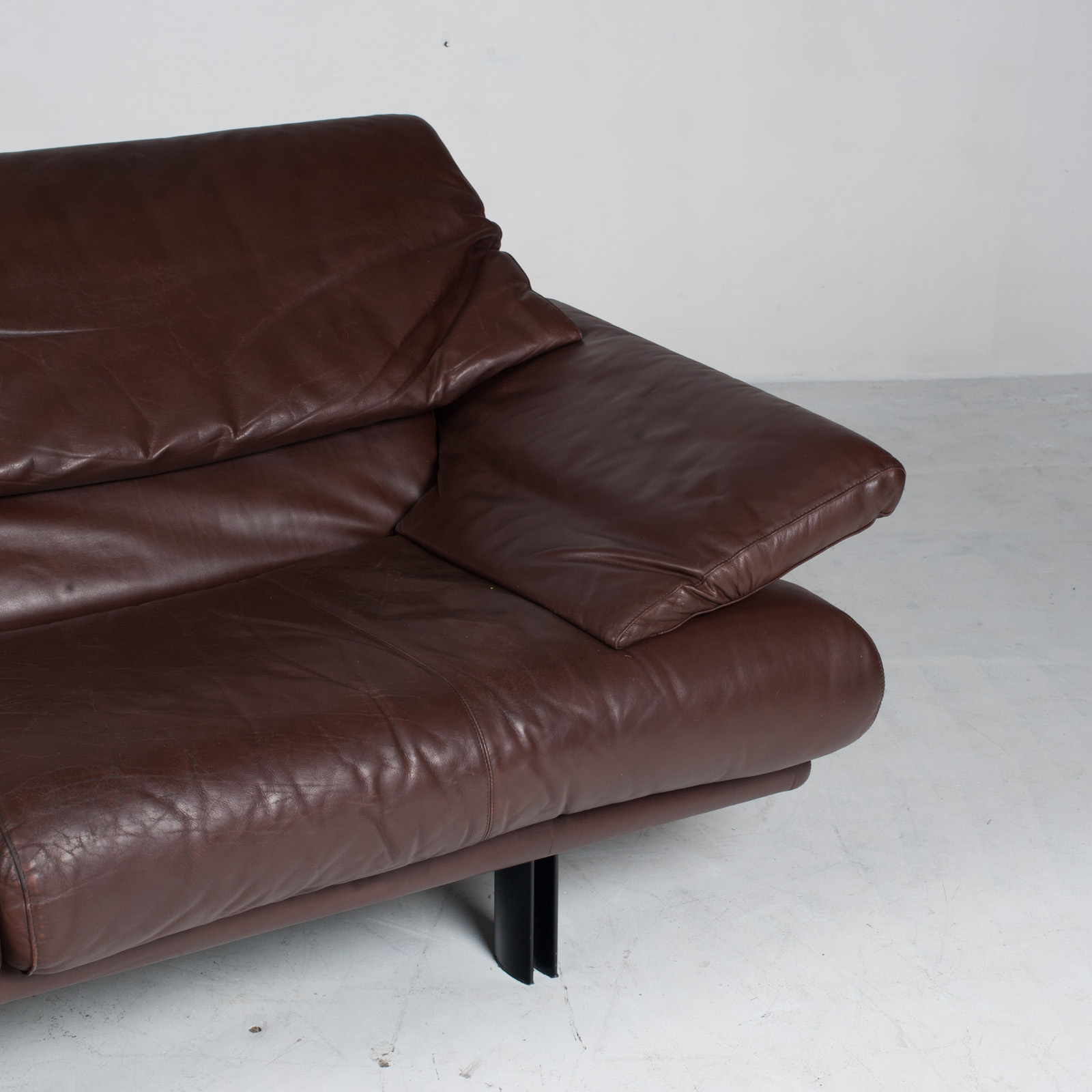 Alanda Sofa By Paolo Piva For B&b Italia In Burgundy Leather 1980s Italy 06