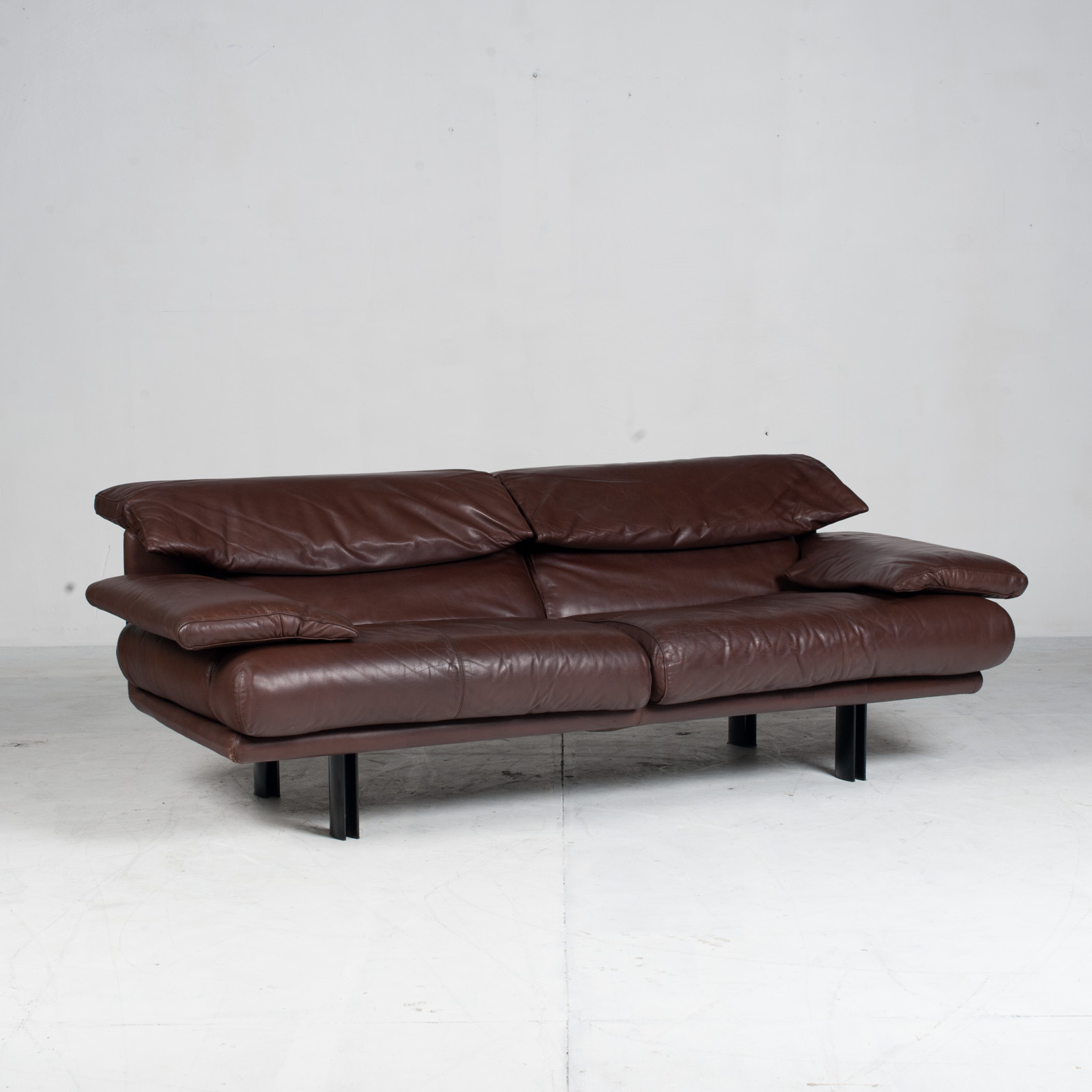 Alanda Sofa By Paolo Piva For B&b Italia In Burgundy Leather 1980s Italy 07