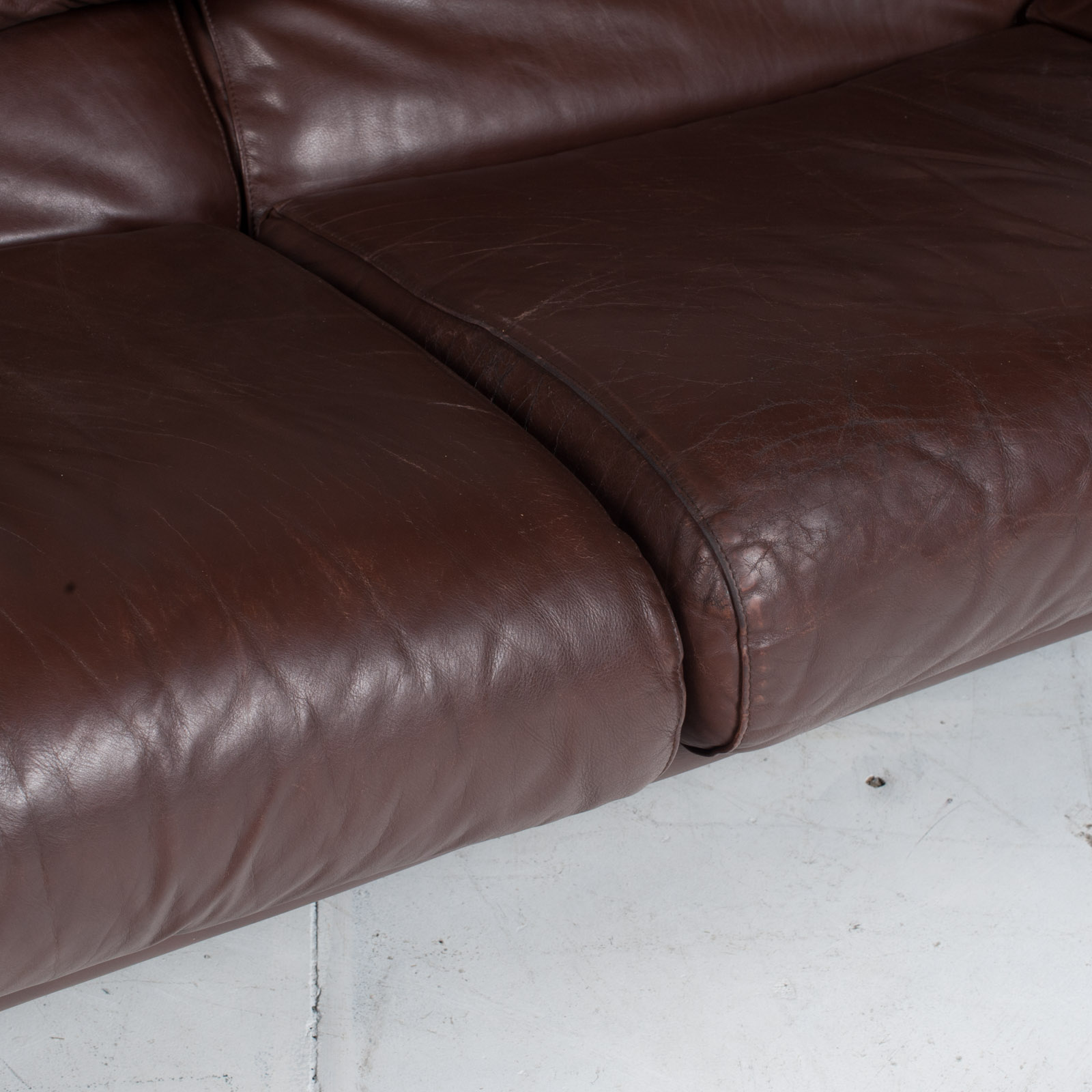 Alanda Sofa By Paolo Piva For B&b Italia In Burgundy Leather 1980s Italy 11