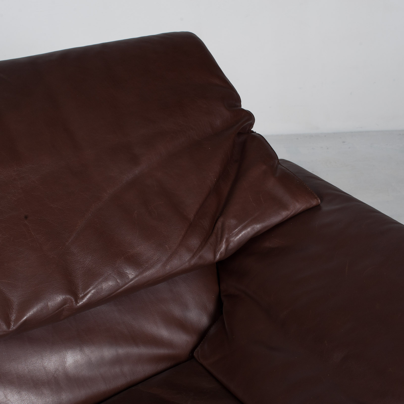 Alanda Sofa By Paolo Piva For B&b Italia In Burgundy Leather 1980s Italy 12