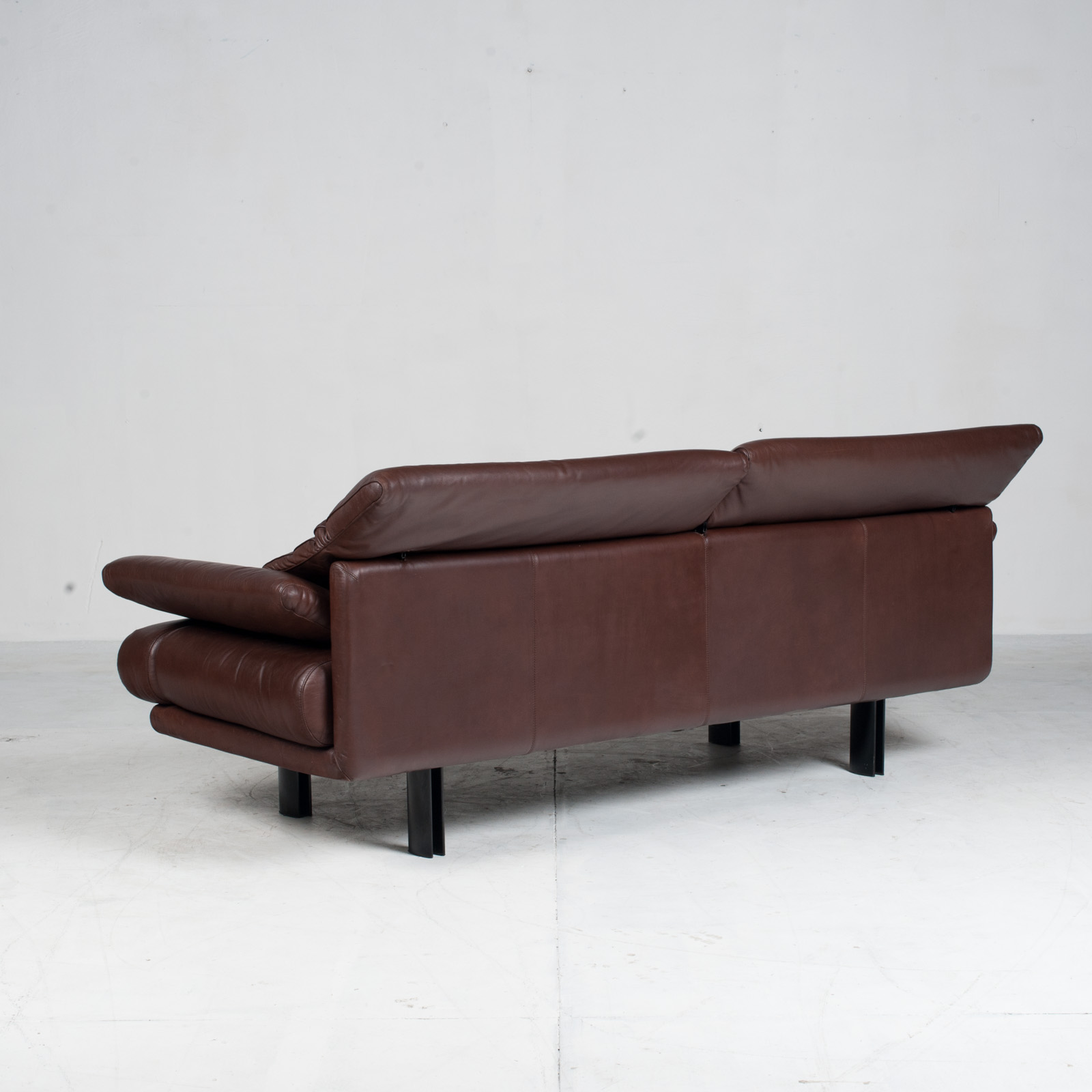 Alanda Sofa By Paolo Piva For B&b Italia In Burgundy Leather 1980s Italy 16