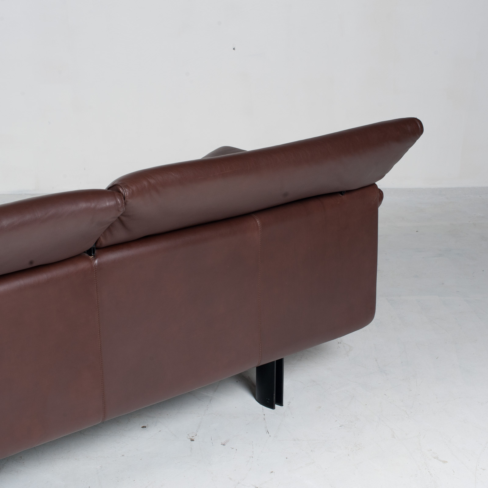 Alanda Sofa By Paolo Piva For B&b Italia In Burgundy Leather 1980s Italy 18