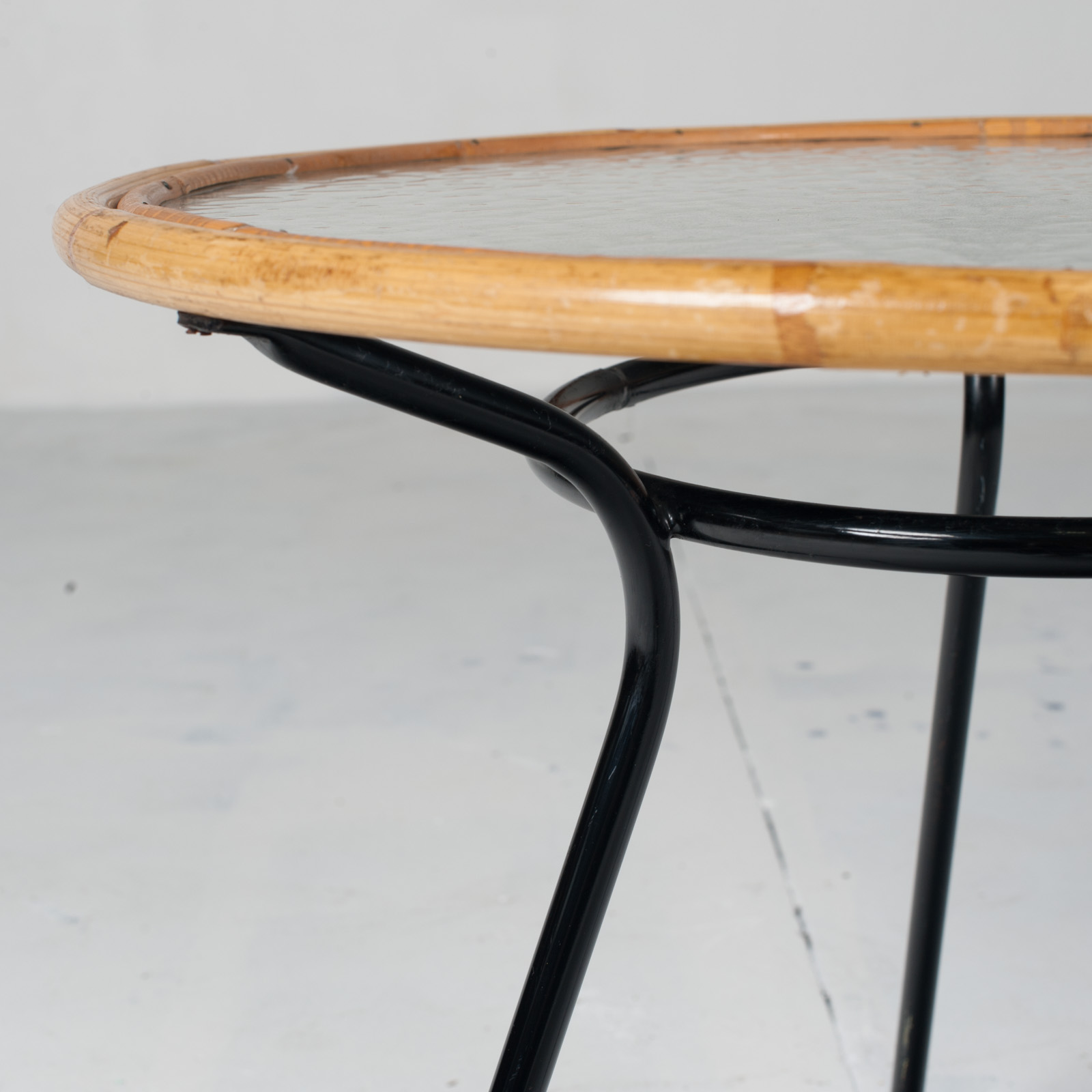 Circular Side Table By Rohe Noordwolde 1960s Netherlands 06