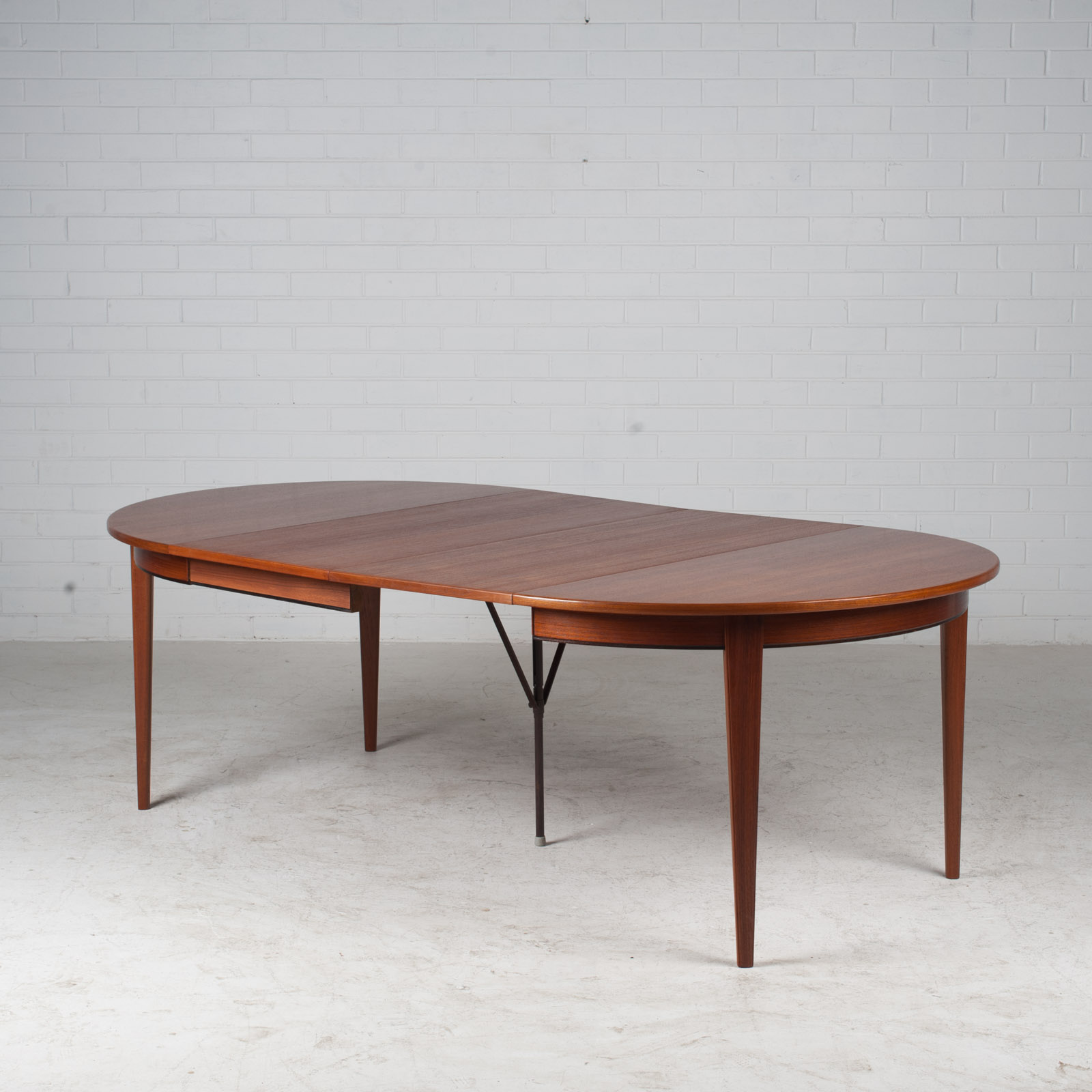 Round Dining Table By Omann Jun In Teak With Three Extensions 1960s Denmark 11