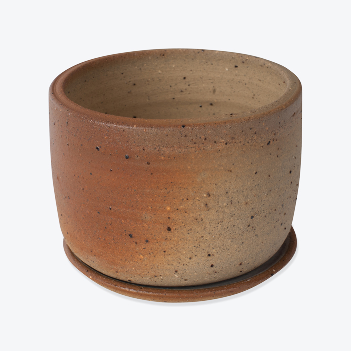 Small Planter With Sand By Leaf And Thread Thumb.jpg