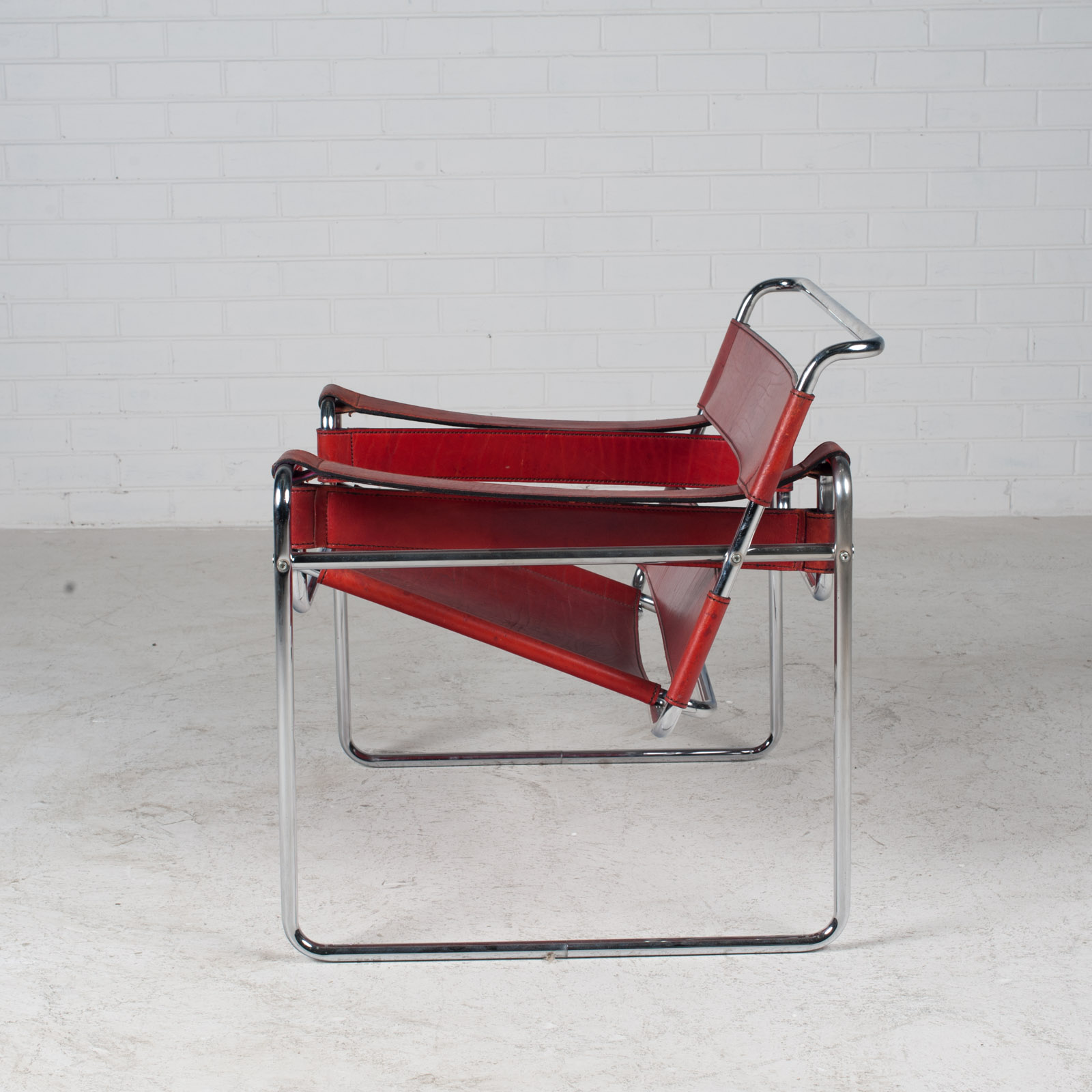 Wassily Armchair By Marcel Breuer In Red Leather 1980s Italy 11