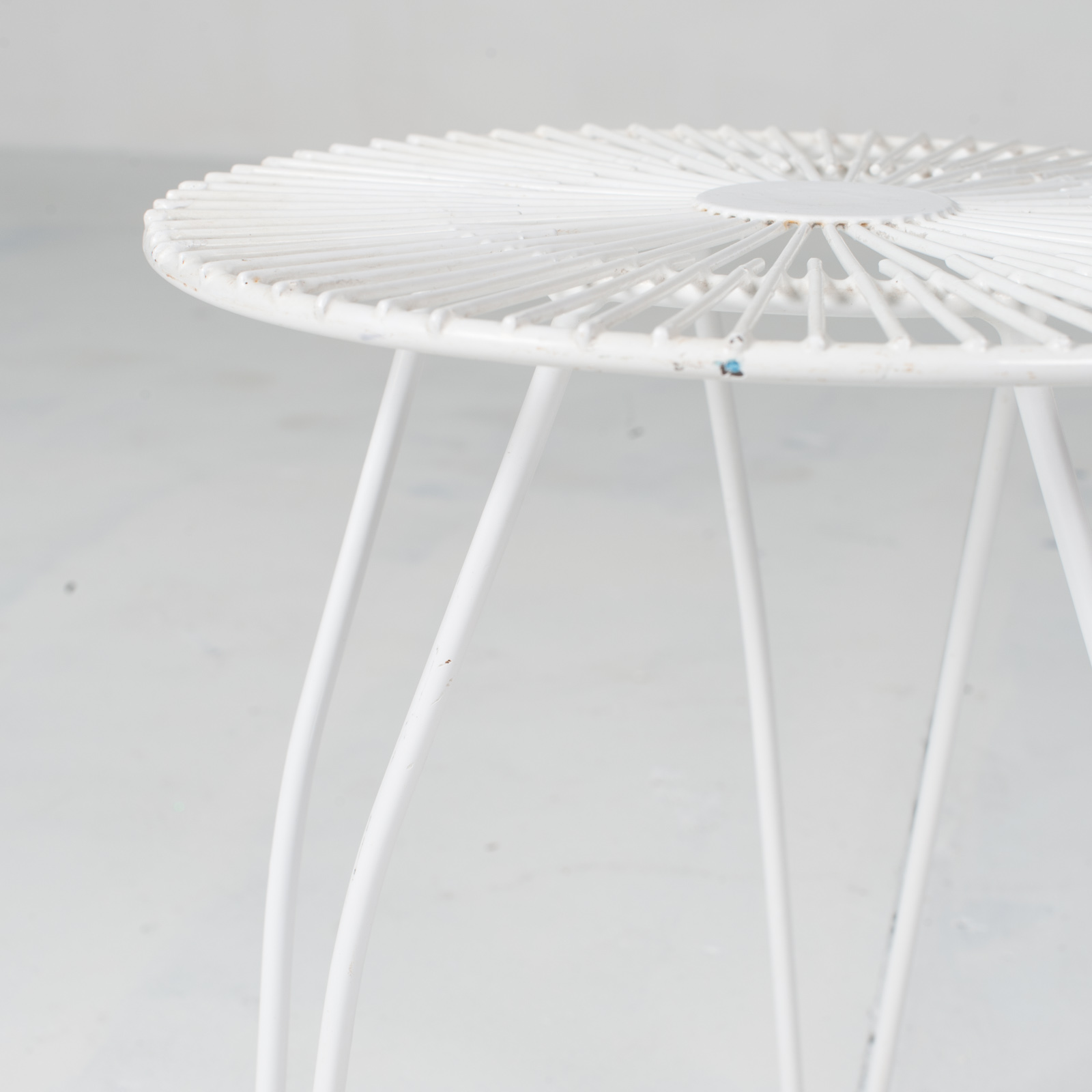 White Metal Wire Stool 1950s French 04
