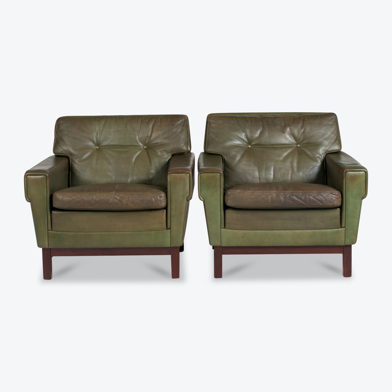 2 Armchairs In Olive Leather 1960s Denmark 02