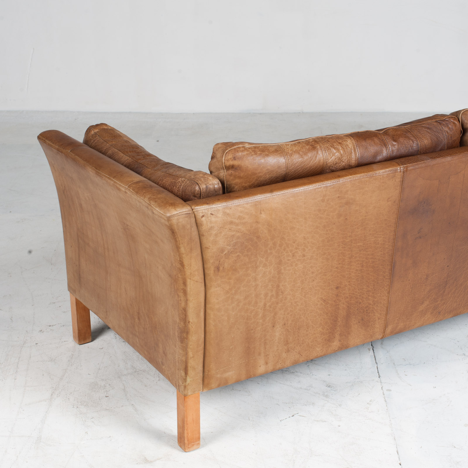 2.5 Seat Sofa In Tan Panelled Leather 1960s Denmark15