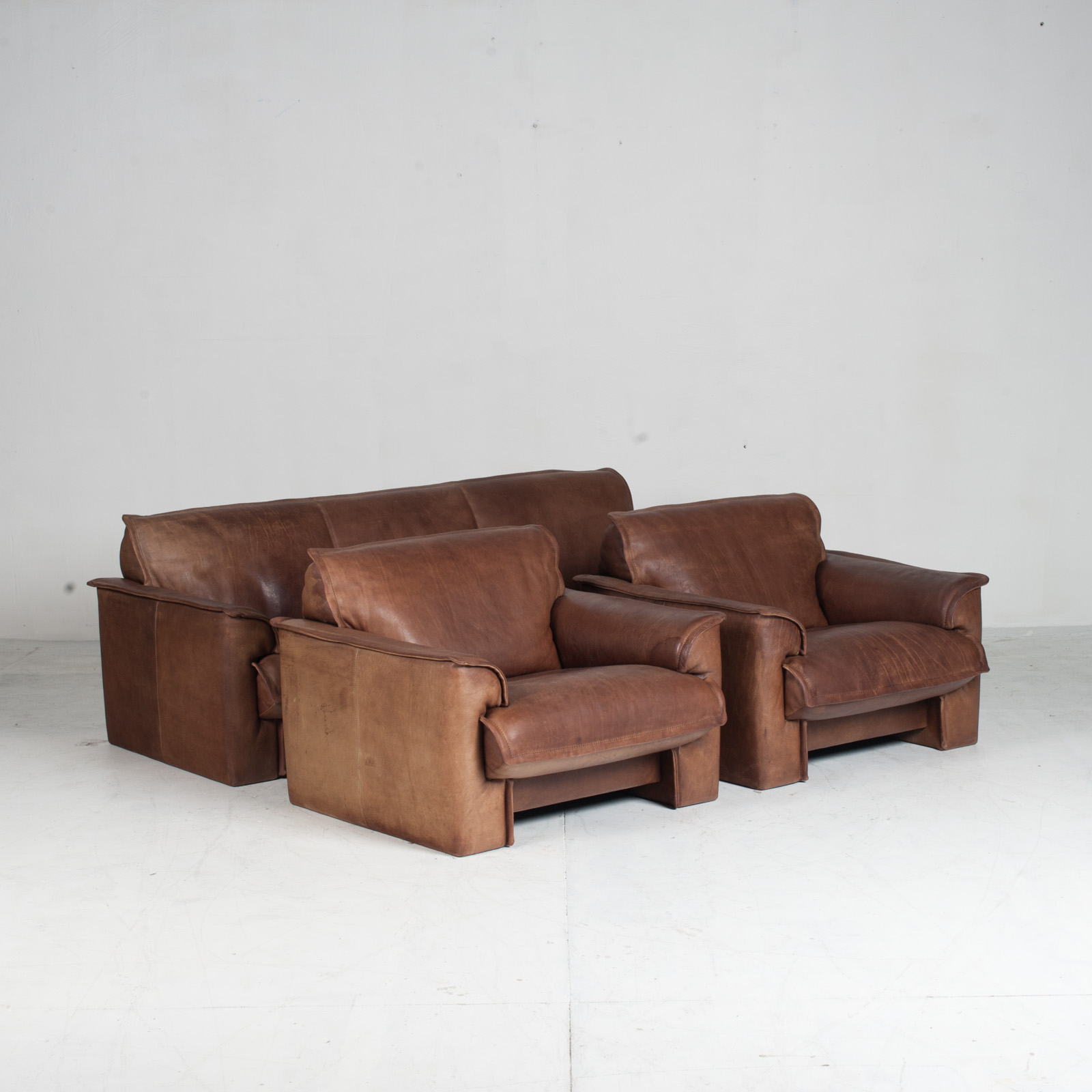 3 Seat Sofa By De Sede In Tan Neck Leather 1960s Denmark 020