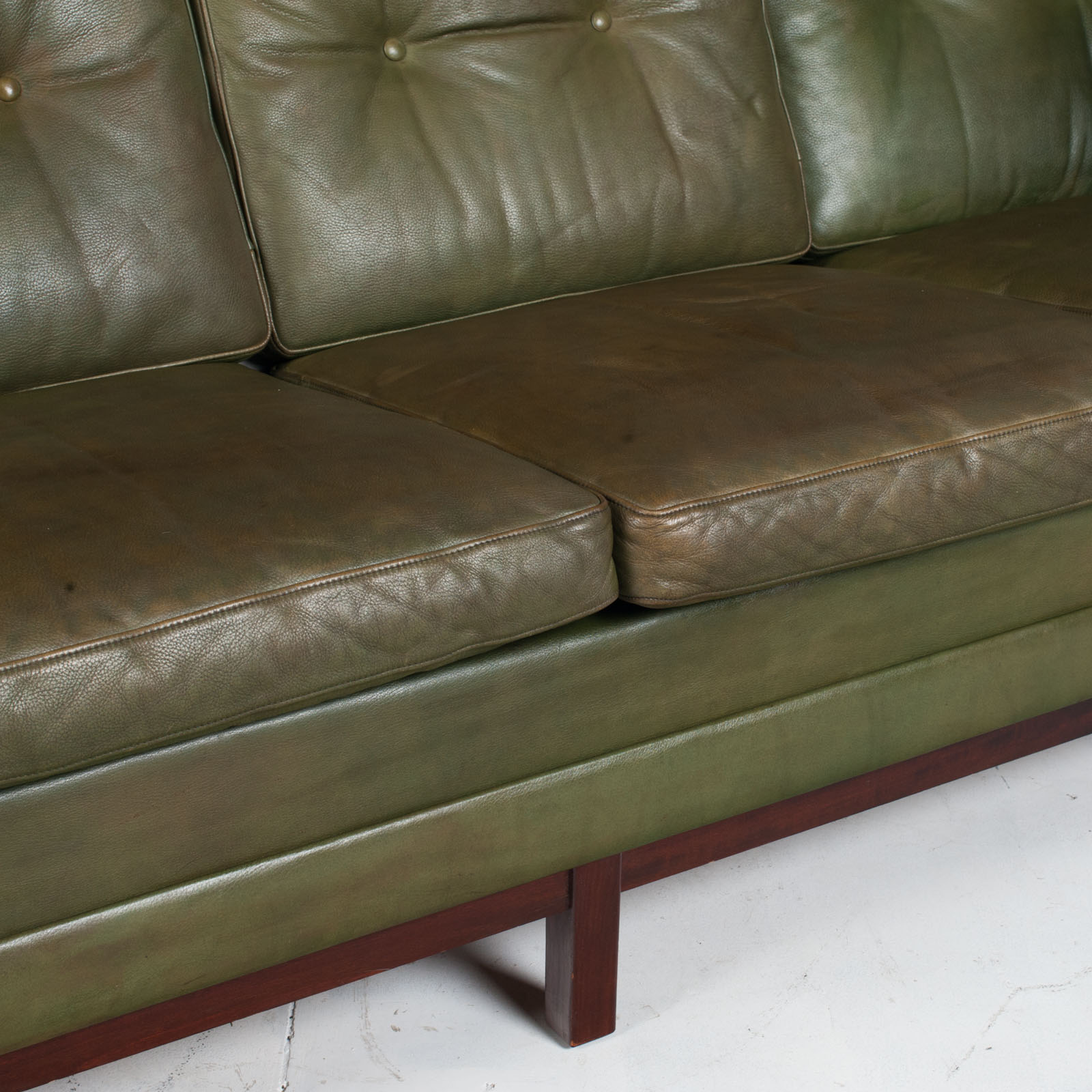 4 Seat Sofa In Olive Leather 1960s Denmark 010